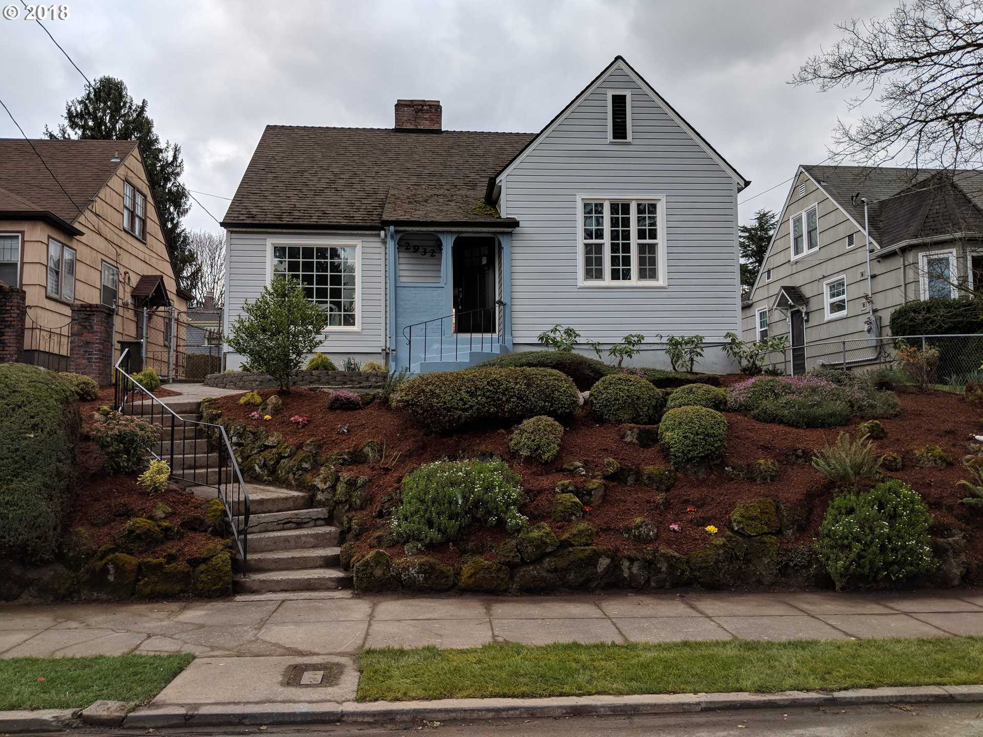 $700,000 - 5Br/3Ba -  for Sale in Portland