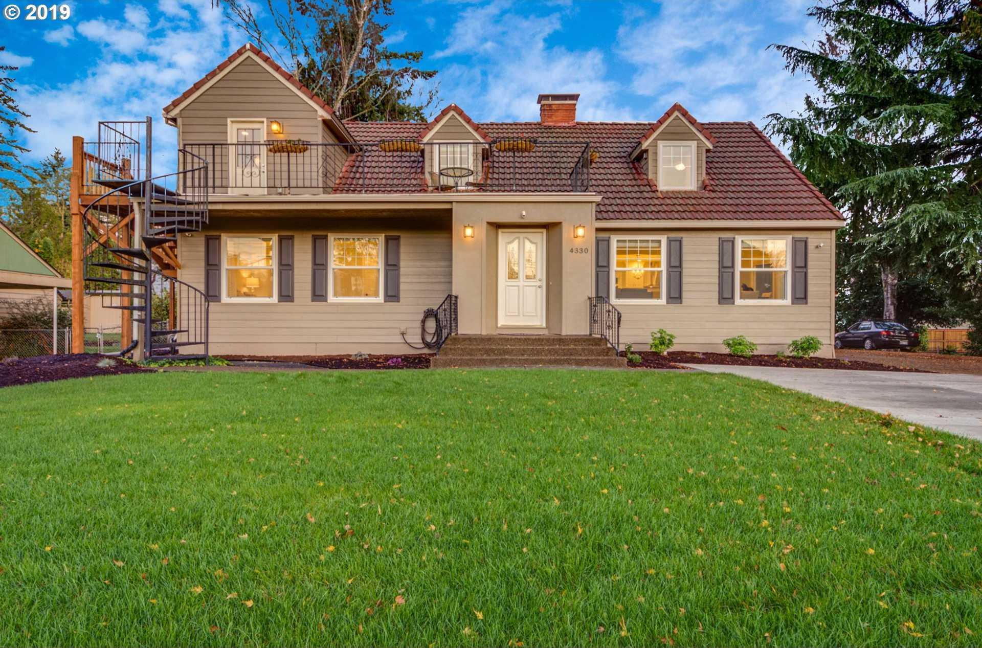 $859,000 - 5Br/5Ba -  for Sale in West Slope, Portland