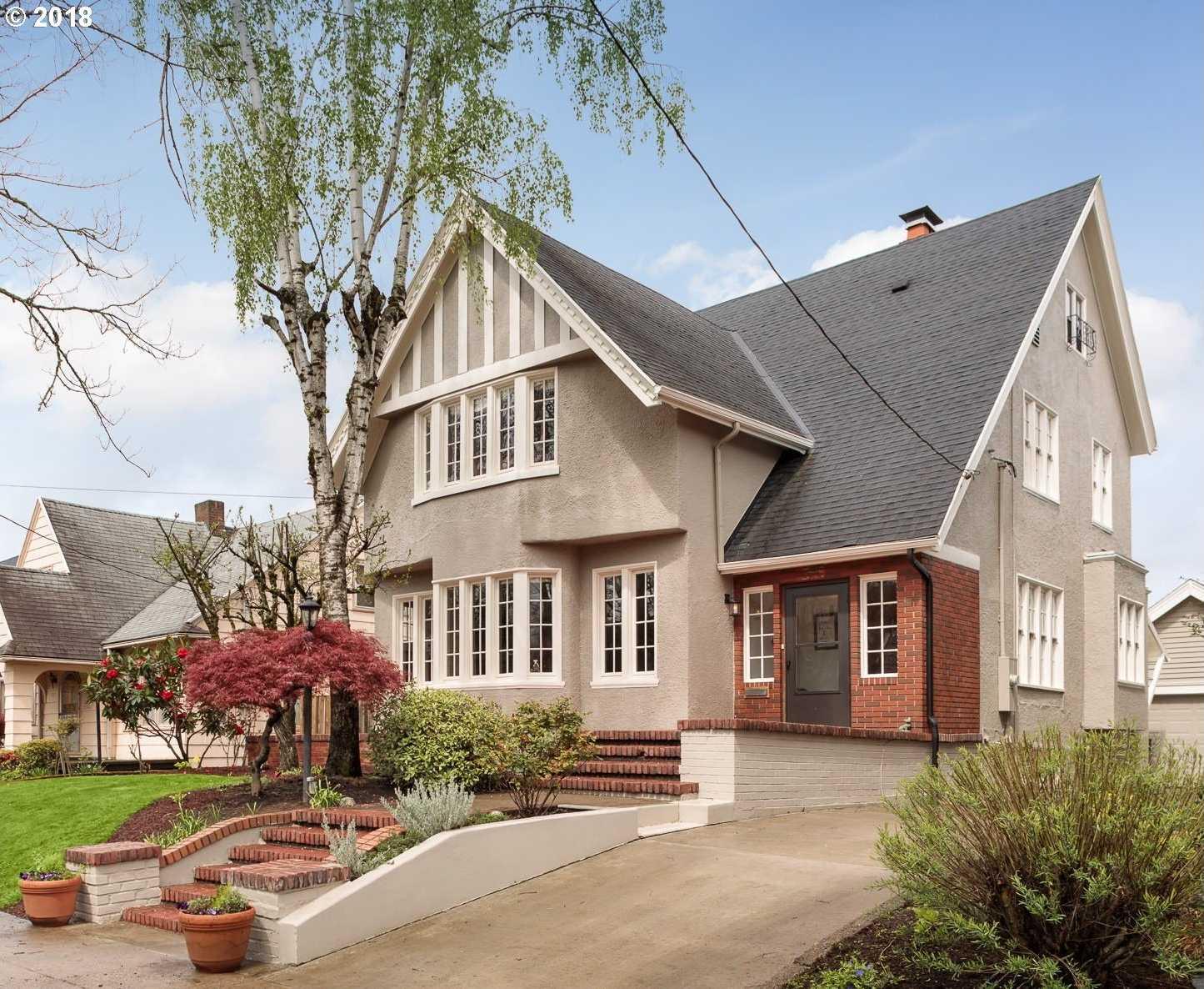 $939,000 - 5Br/4Ba -  for Sale in Laurelhurst, Portland