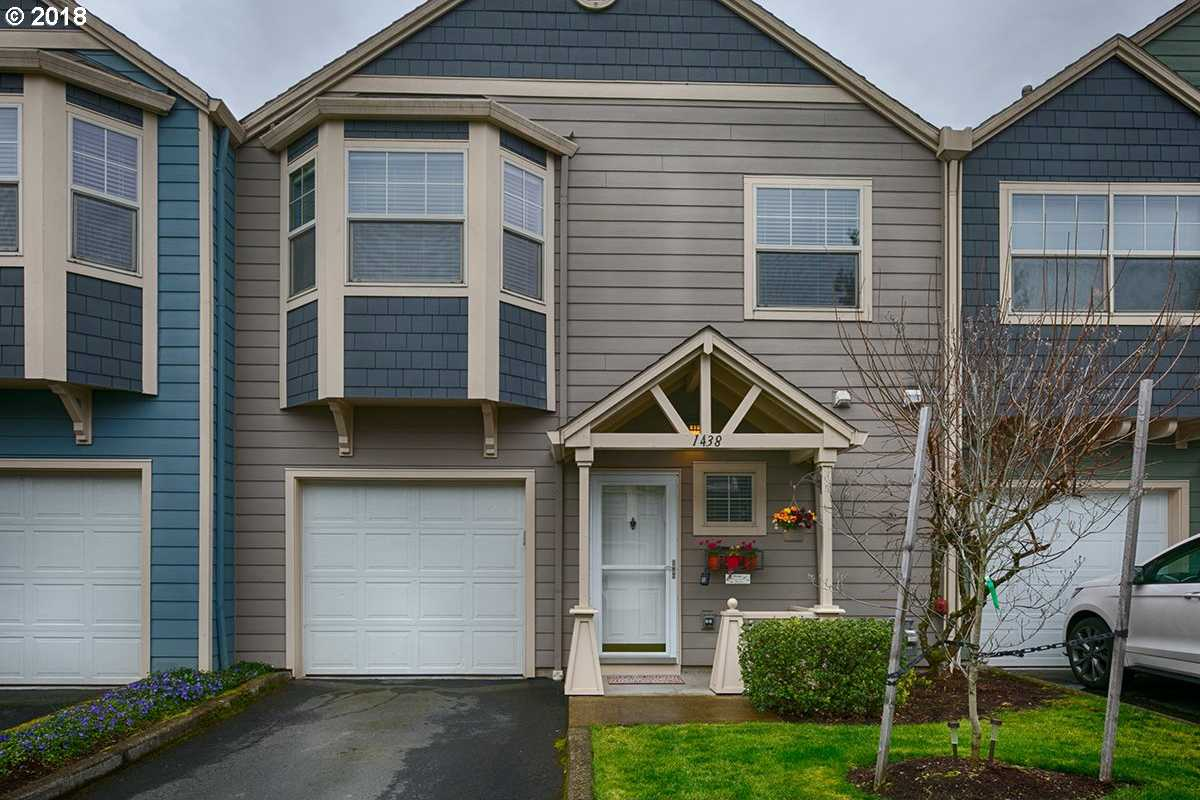 $239,900 - 2Br/3Ba -  for Sale in Edgefield Meadows, Troutdale