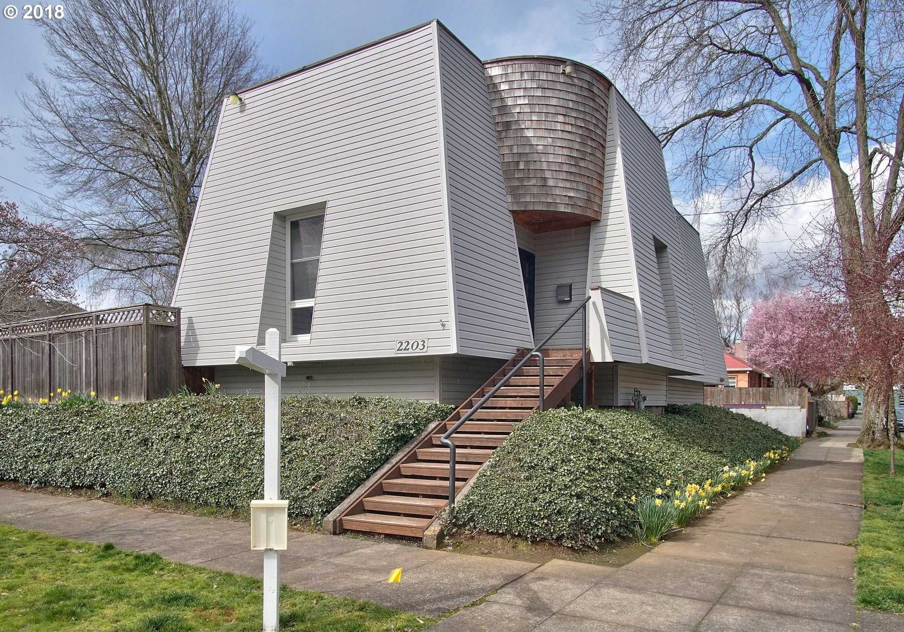 $689,950 - 4Br/3Ba -  for Sale in Overlook, Portland