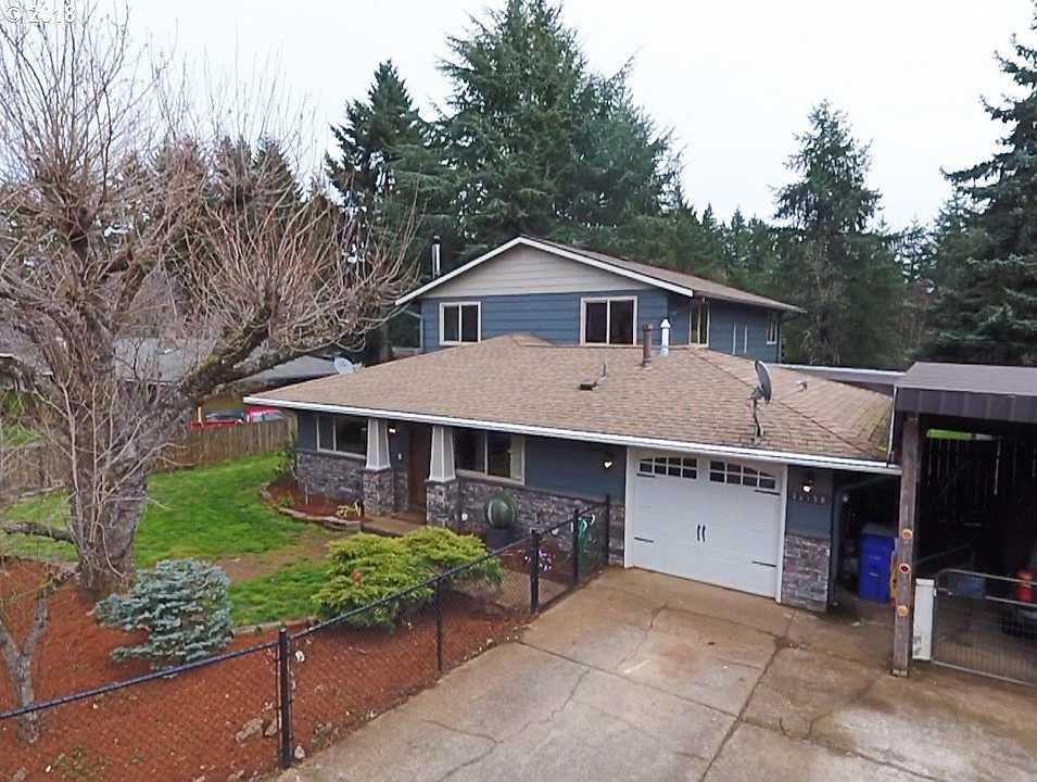 $425,000 - 4Br/3Ba -  for Sale in Charlottes Country Estates, Beavercreek