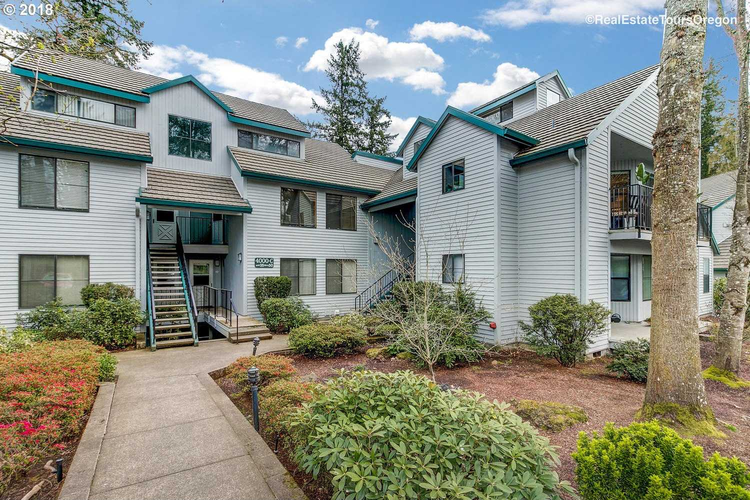 $244,900 - 1Br/1Ba -  for Sale in Lake Oswego