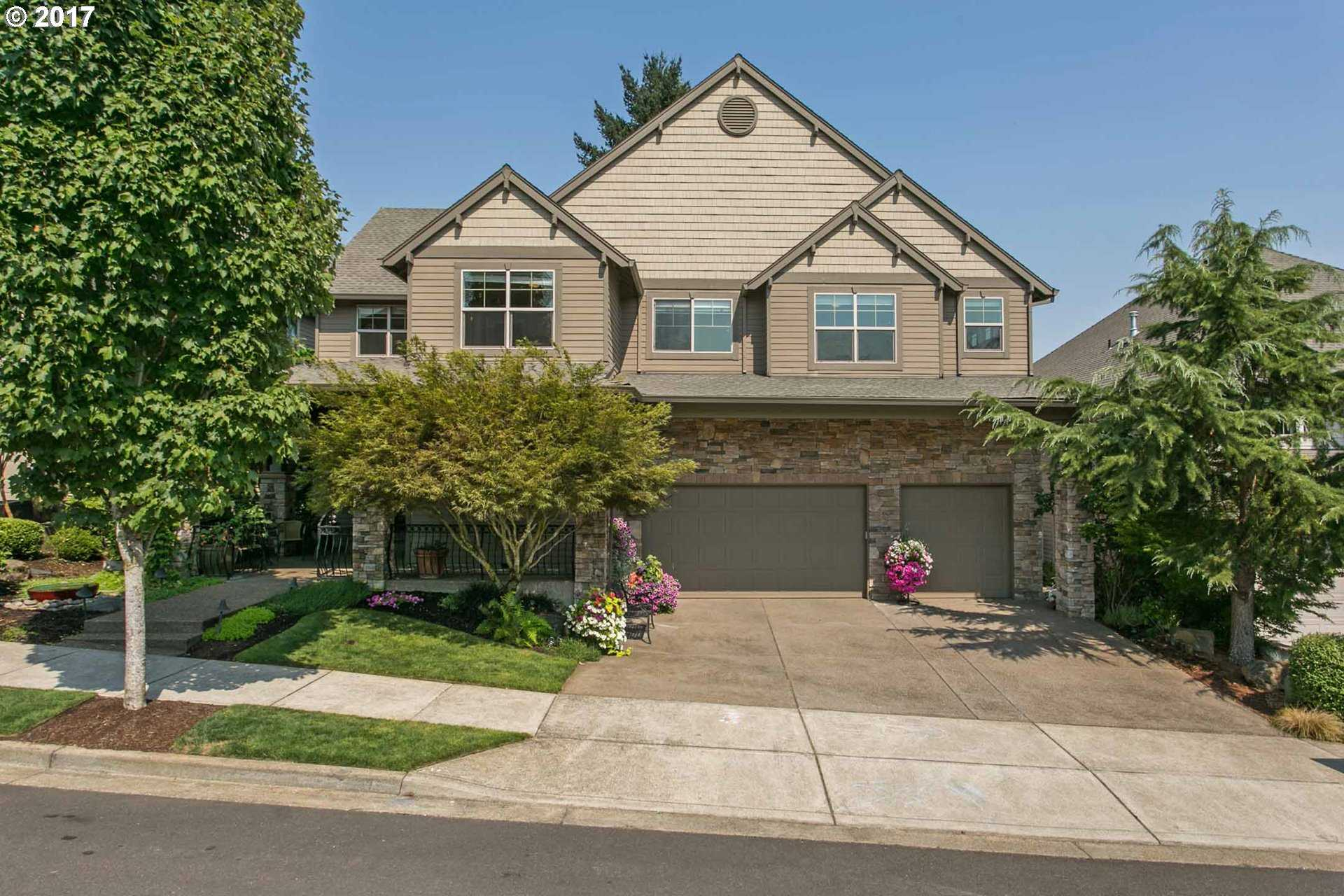 $699,000 - 4Br/4Ba -  for Sale in Graham's Crossing, Tualatin