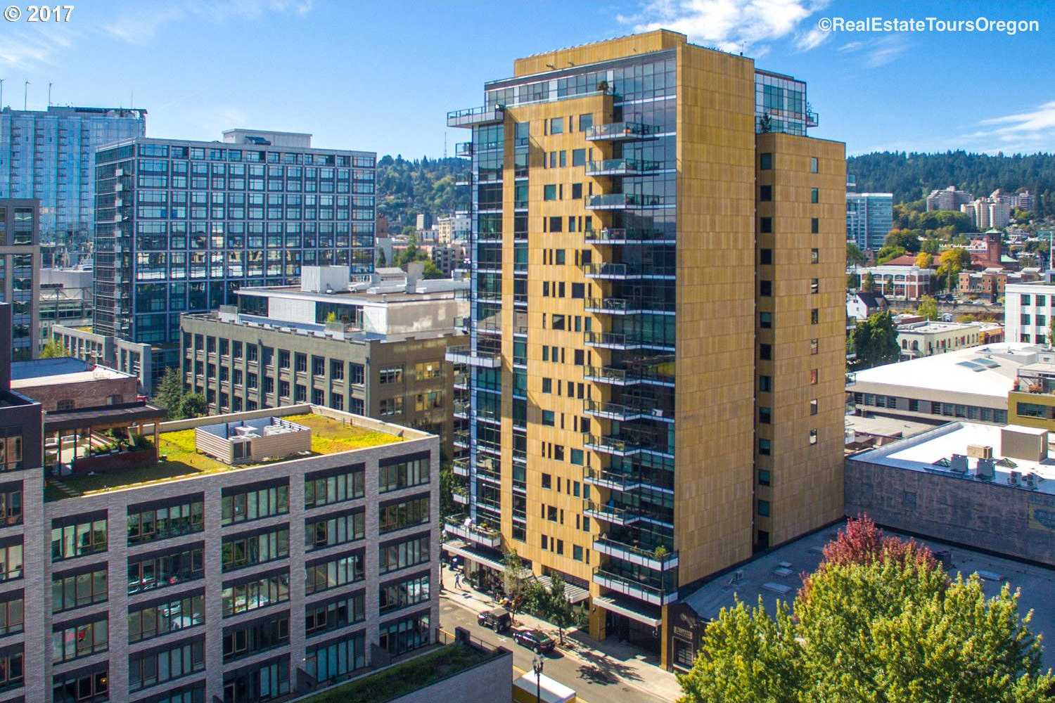 $1,250,000 - 2Br/3Ba -  for Sale in The Casey/pearl District, Portland