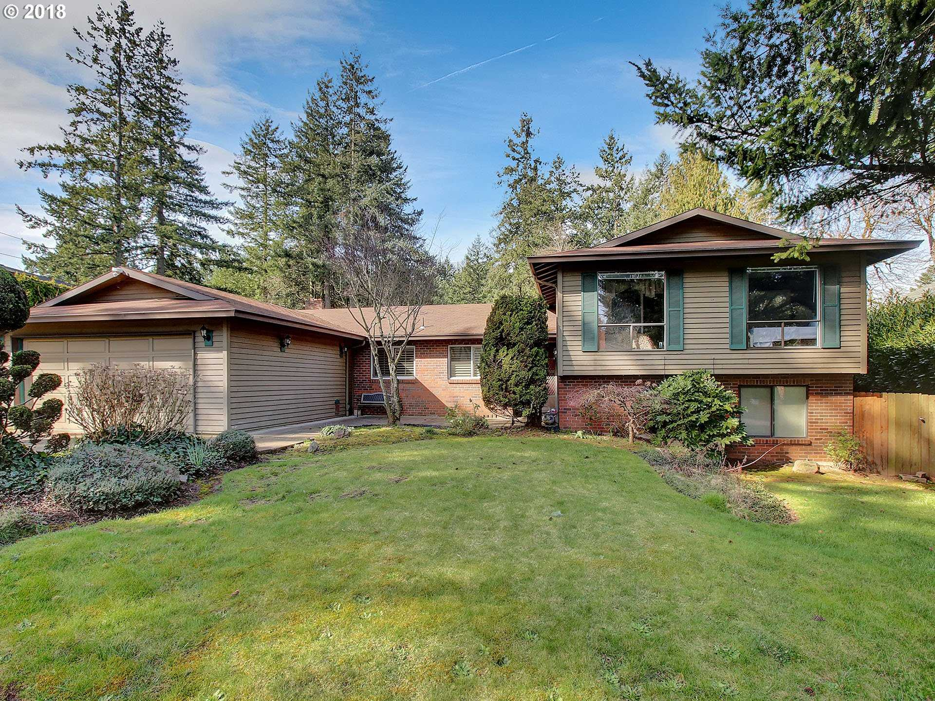 $549,900 - 5Br/3Ba -  for Sale in Portland