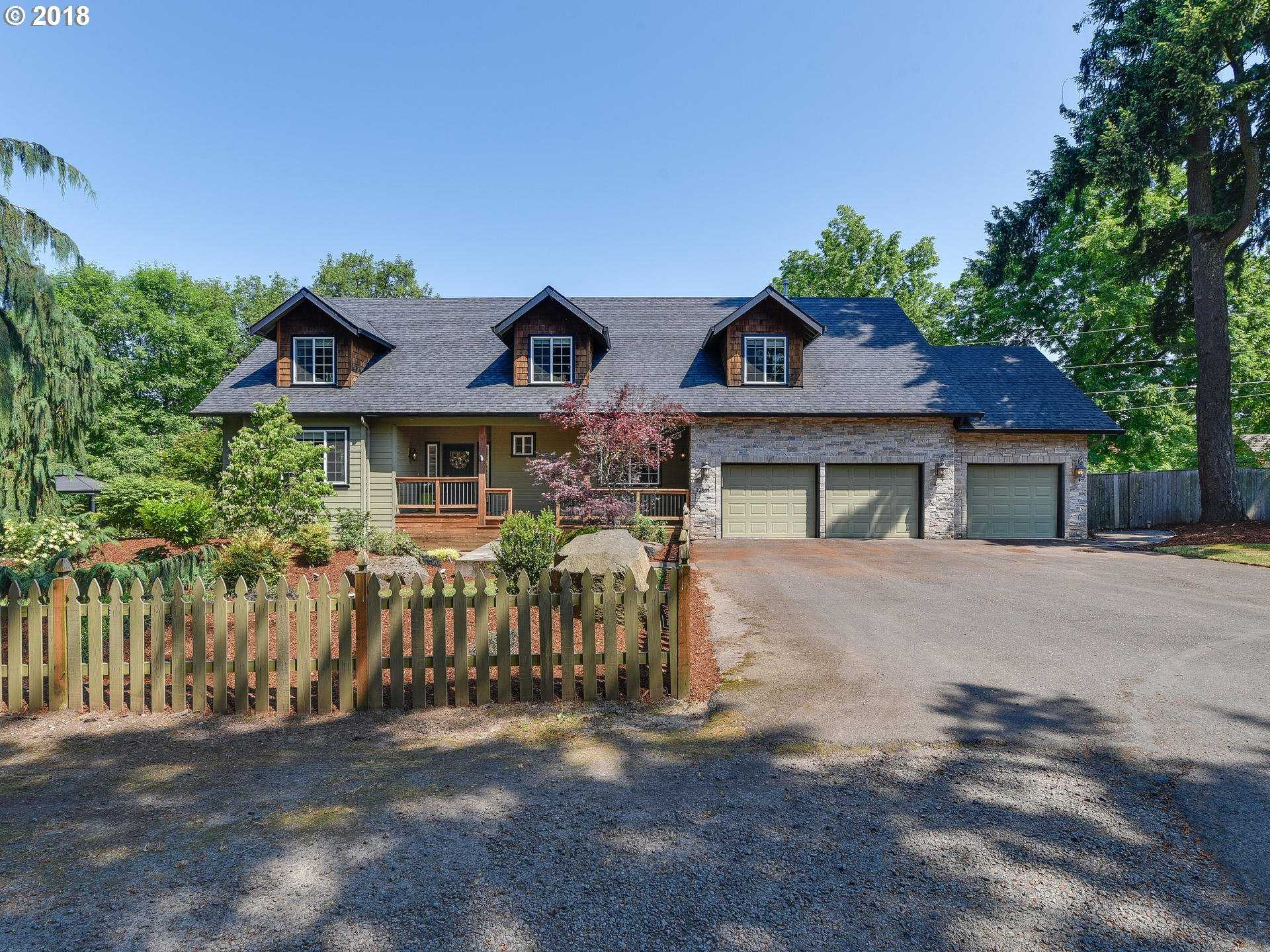 $739,900 - 4Br/3Ba -  for Sale in Tualatin