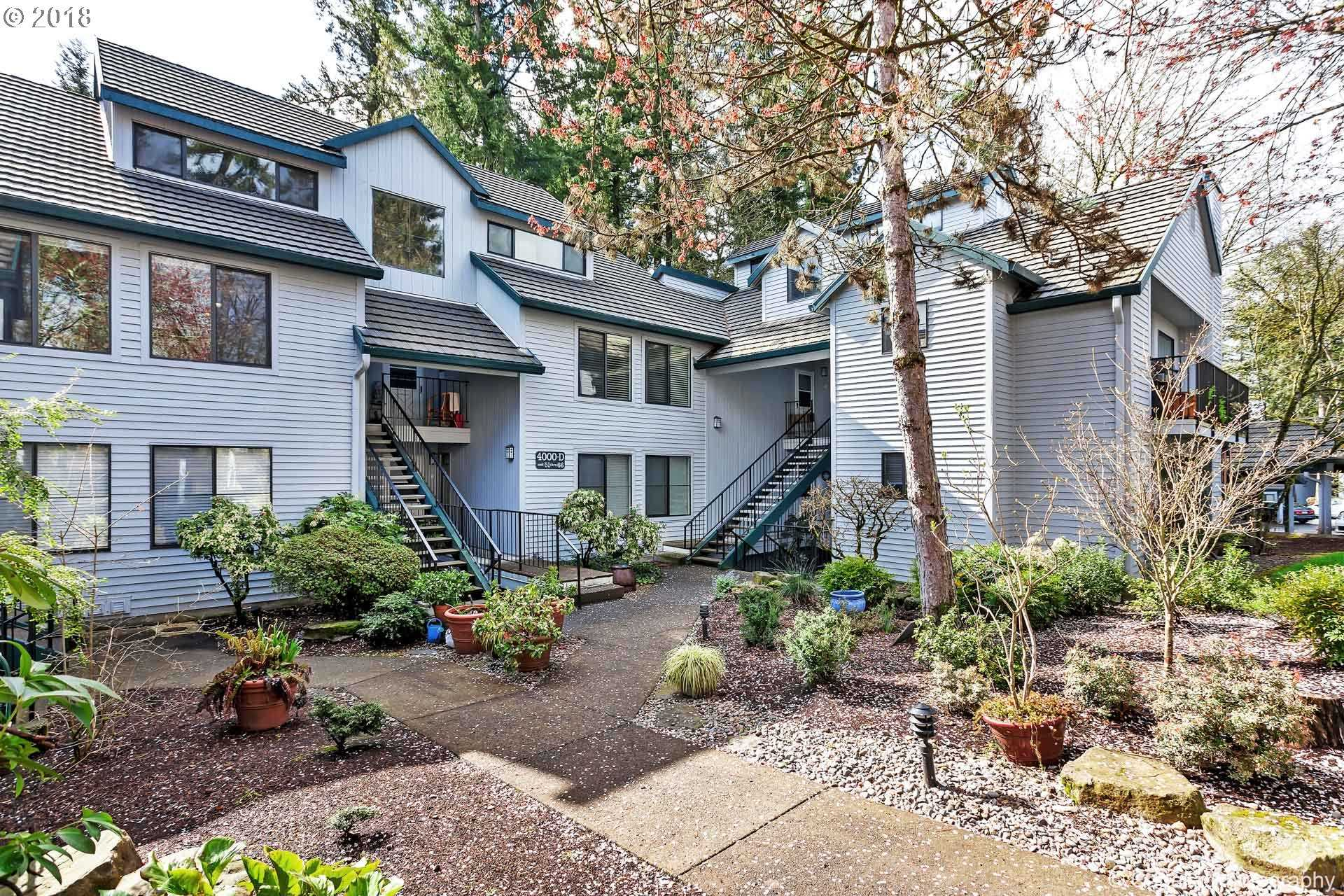 $227,000 - 2Br/2Ba -  for Sale in The Forest Condos, Lake Oswego