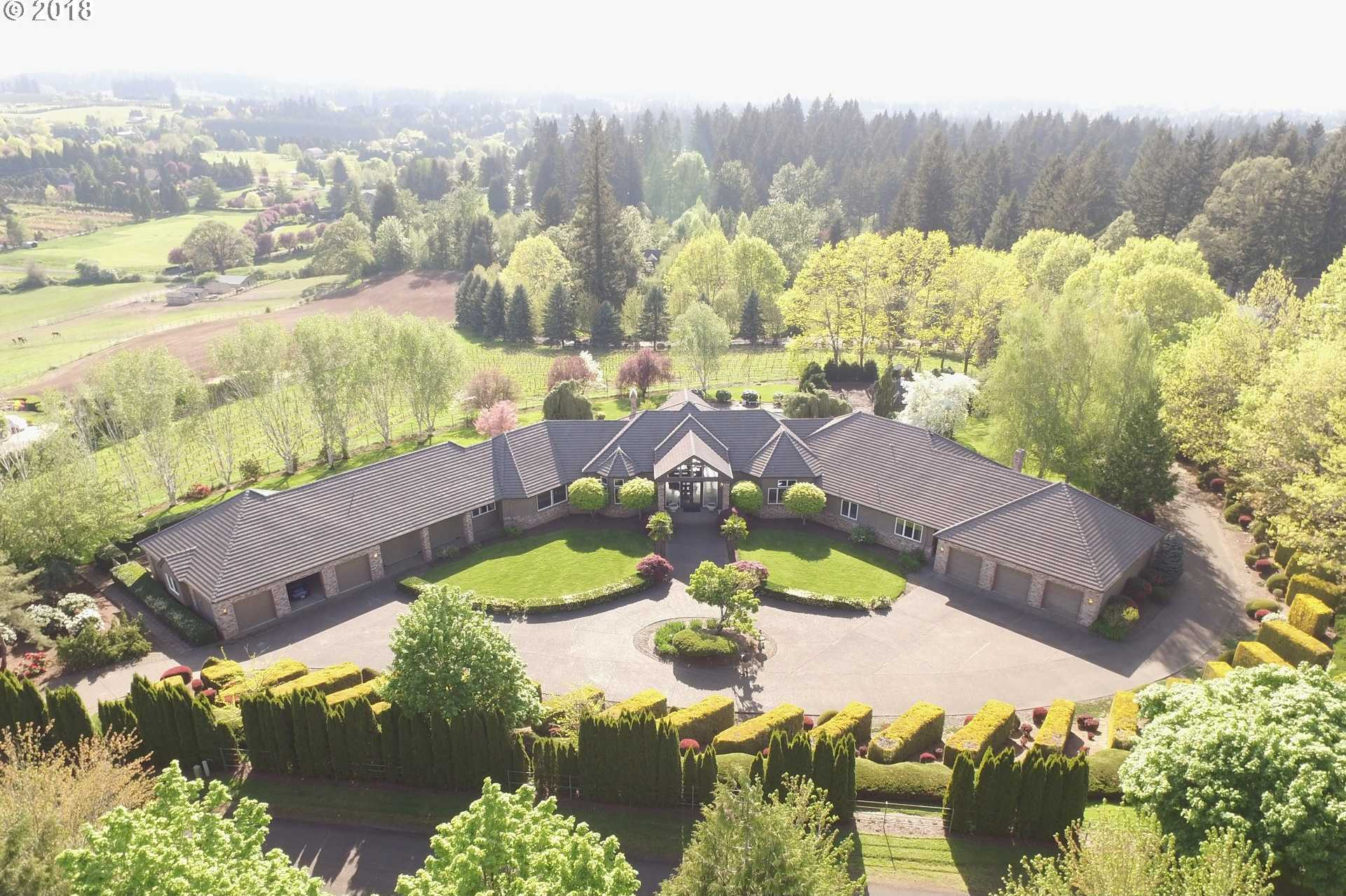 $2,850,000 - 5Br/6Ba -  for Sale in Tualatin