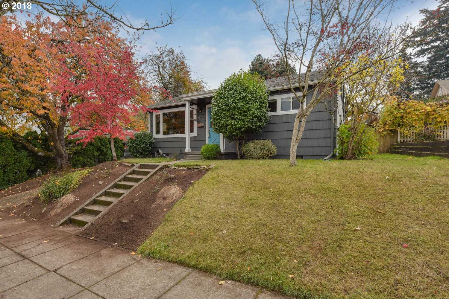 $435,000 - 2Br/1Ba -  for Sale in Sellwood, Portland