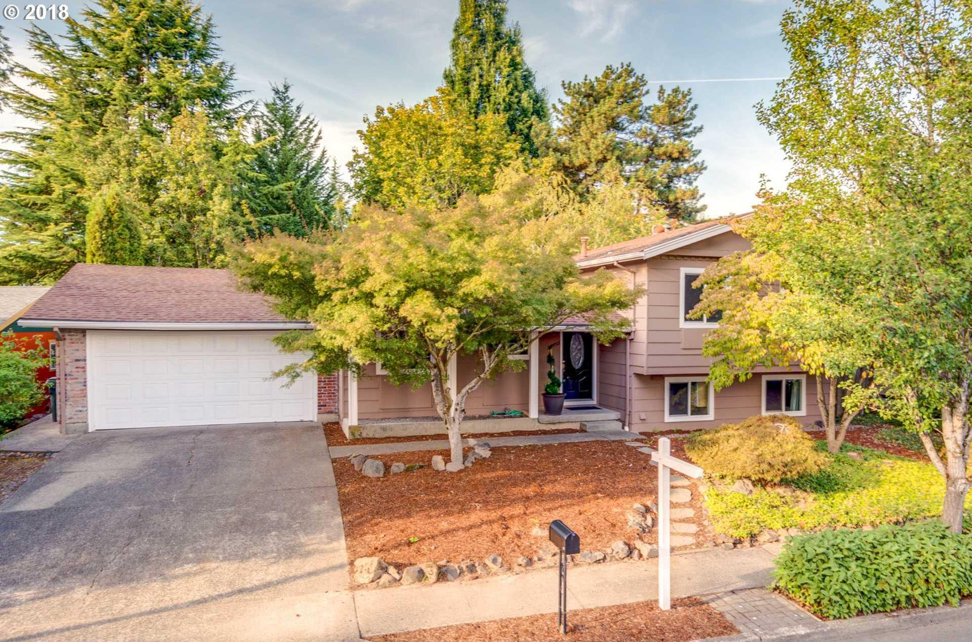 $449,000 - 4Br/3Ba -  for Sale in Sommerset West-elmonica N, Portland