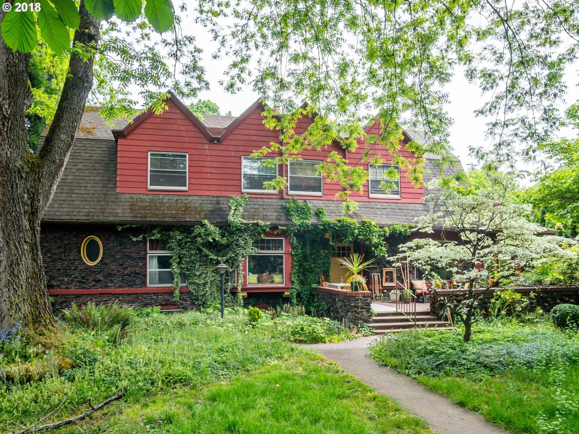 $1,000,000 - 5Br/4Ba -  for Sale in Irvington, Portland