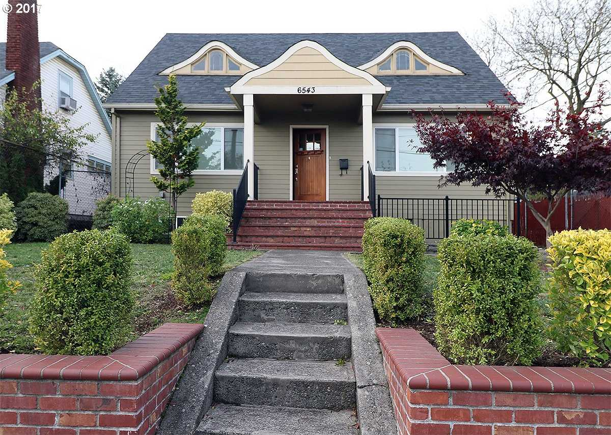 $684,900 - 4Br/2Ba -  for Sale in Arbor Lodge, Portland