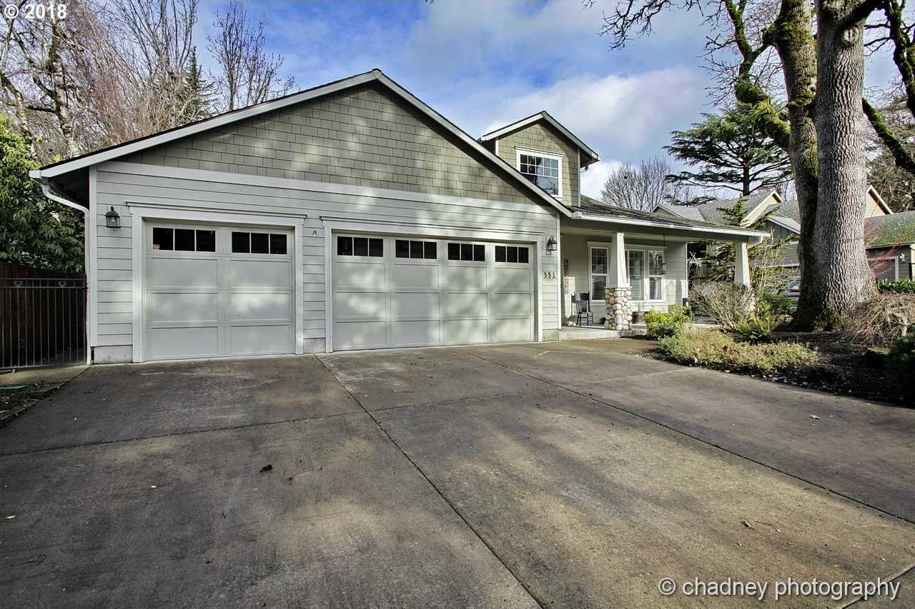 $434,900 - 3Br/4Ba -  for Sale in Fairview