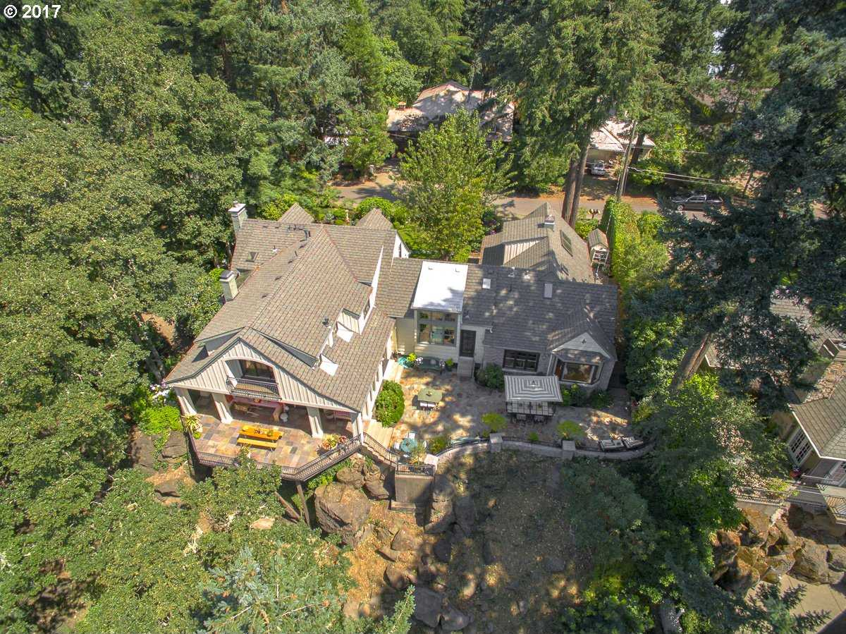 $2,798,000 - 4Br/5Ba -  for Sale in Main Lake Waterfront, Lake Oswego