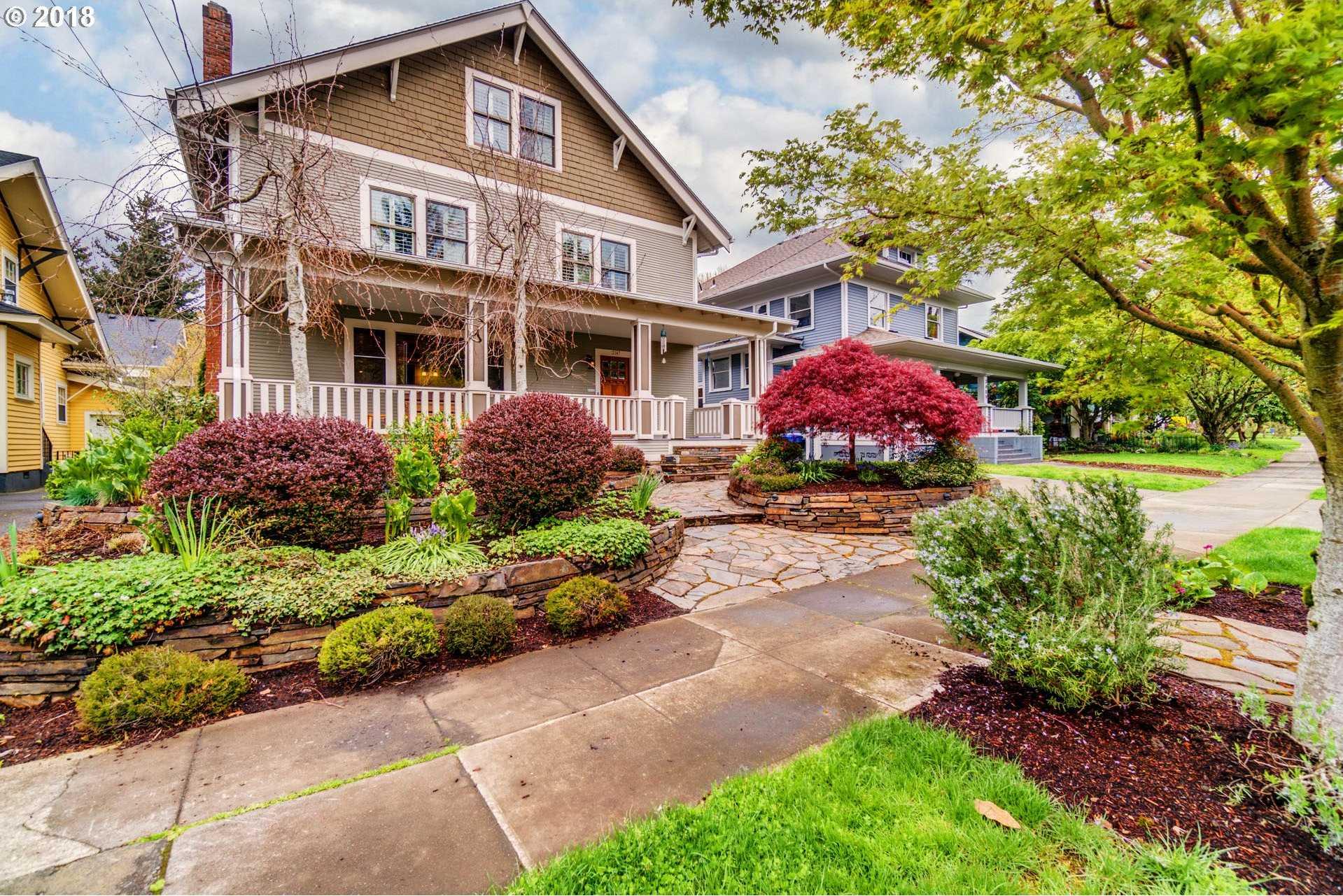 $1,149,599 - 5Br/4Ba -  for Sale in Laurelhurst, Portland