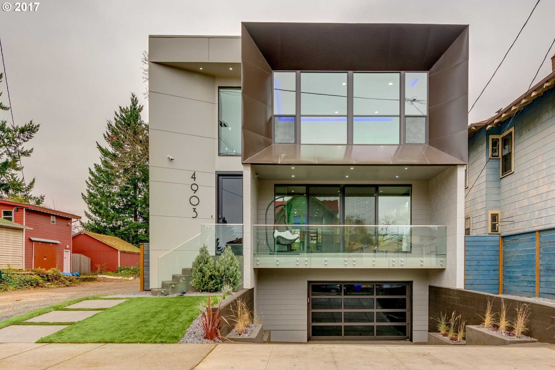 $1,200,000 - 5Br/4Ba -  for Sale in Portland