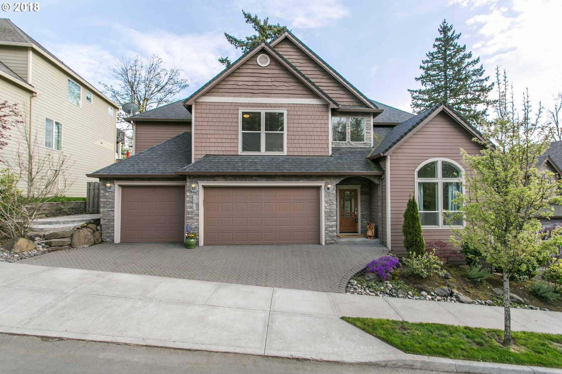 $500,000 - 4Br/3Ba -  for Sale in Portland
