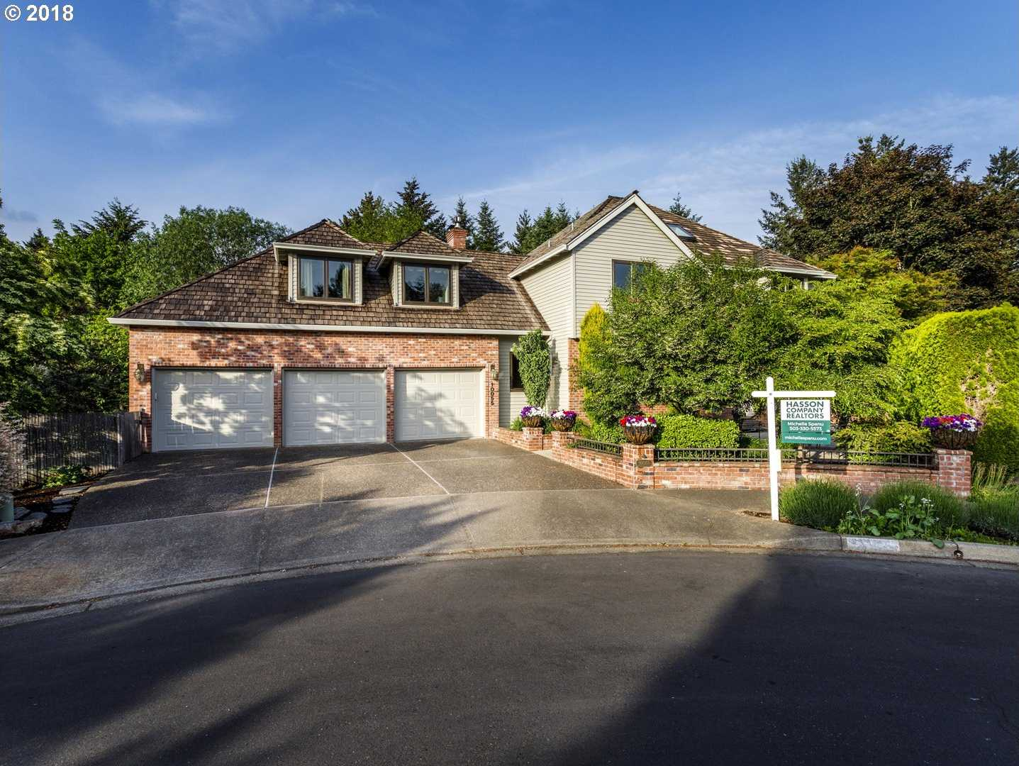 $679,900 - 5Br/4Ba -  for Sale in Tualatin