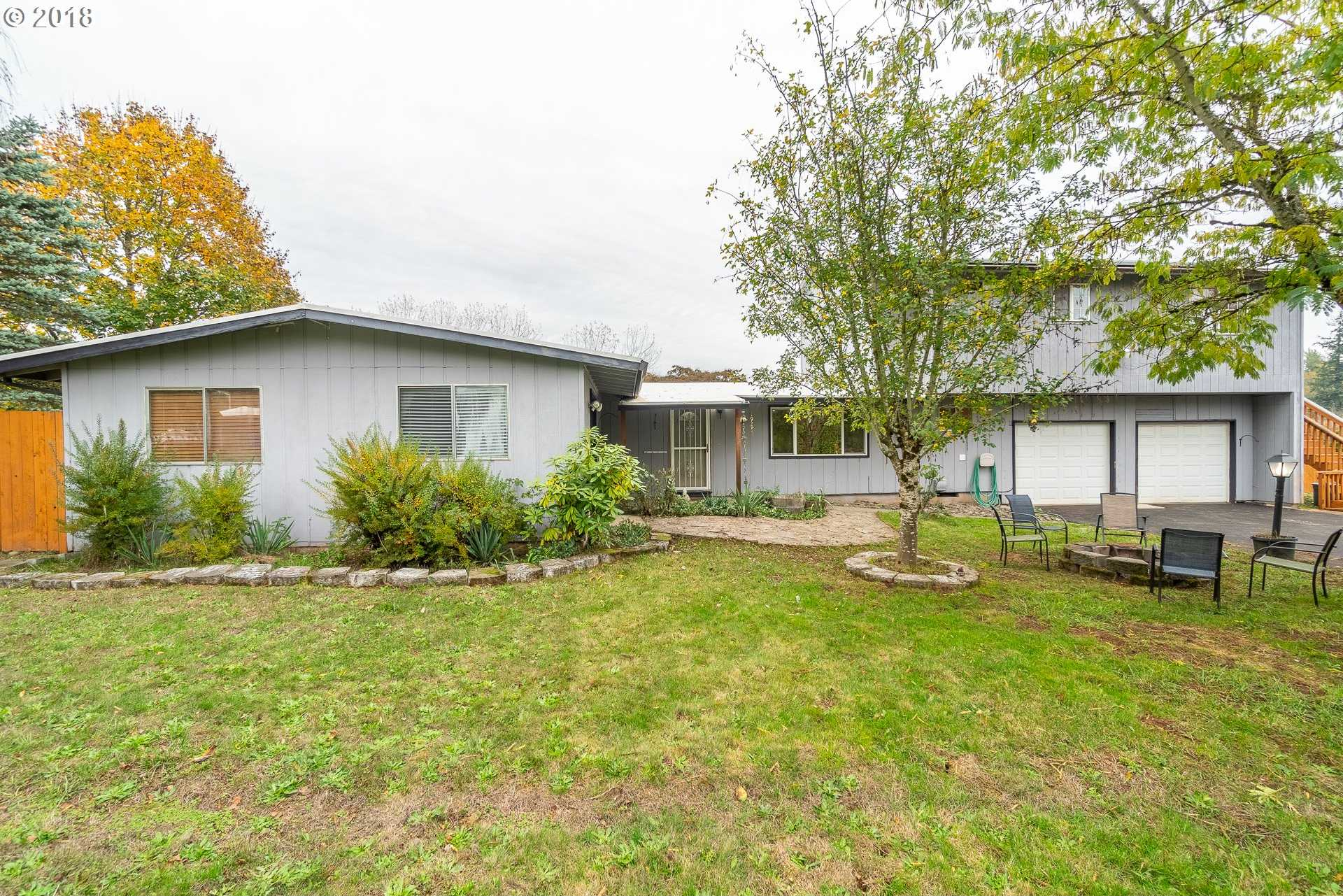 $549,980 - 5Br/3Ba -  for Sale in Damascus