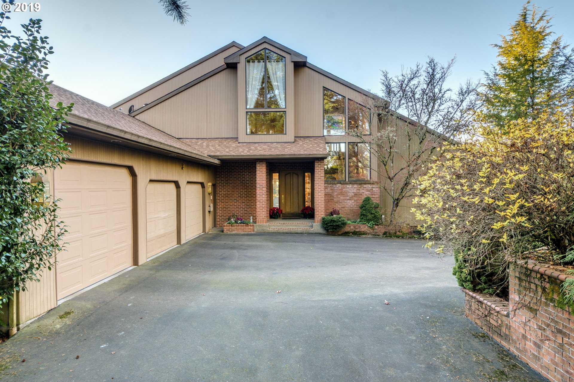 $825,000 - 4Br/5Ba -  for Sale in Gresham