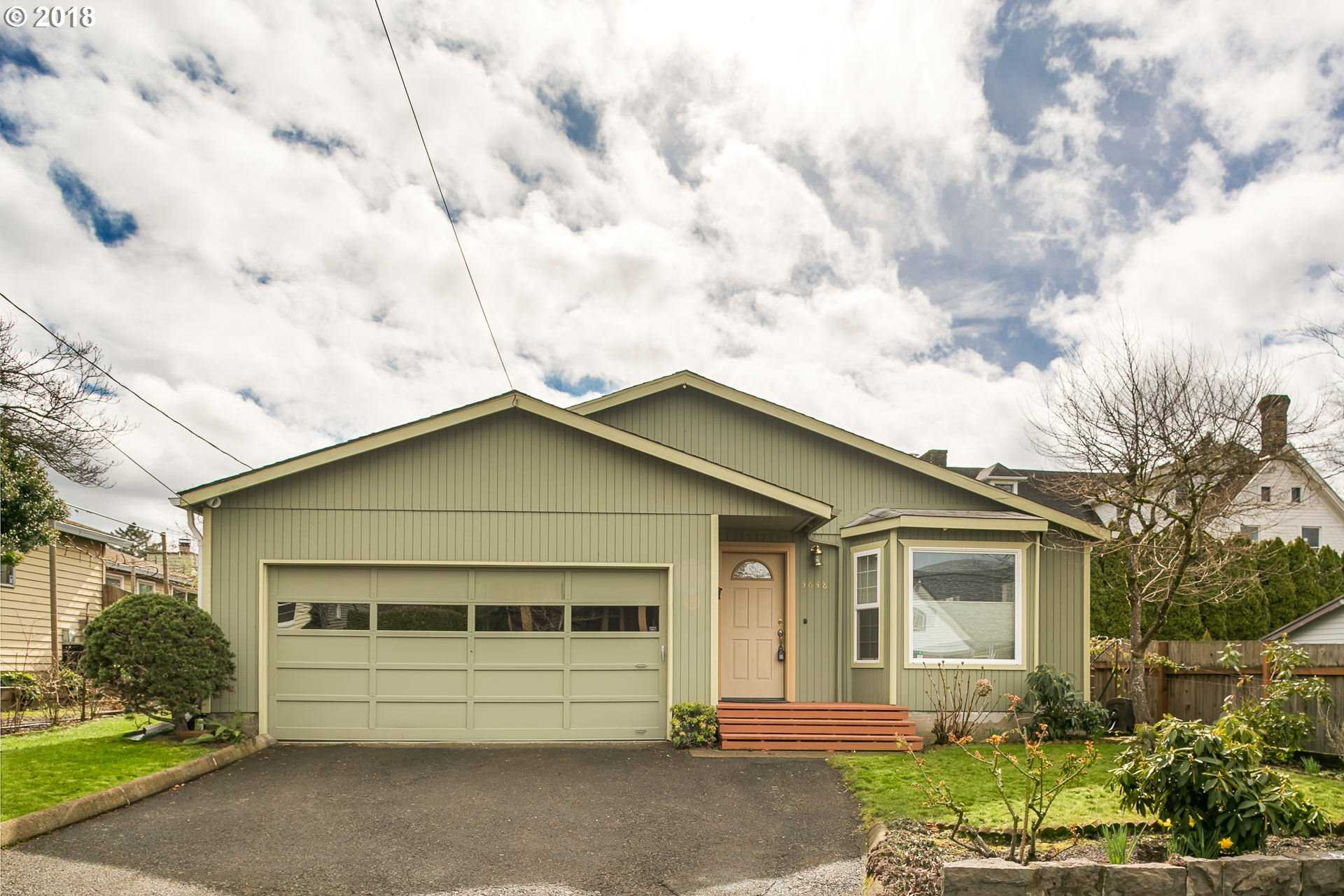 $550,000 - 3Br/2Ba -  for Sale in Mt Tabor, Portland