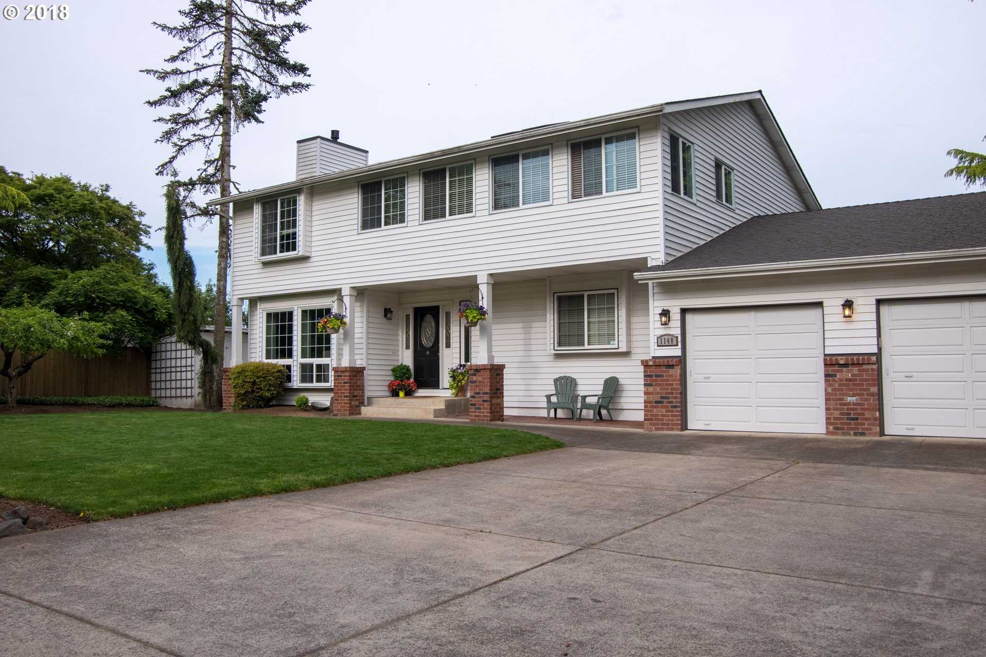 $534,900 - 5Br/4Ba -  for Sale in Canby
