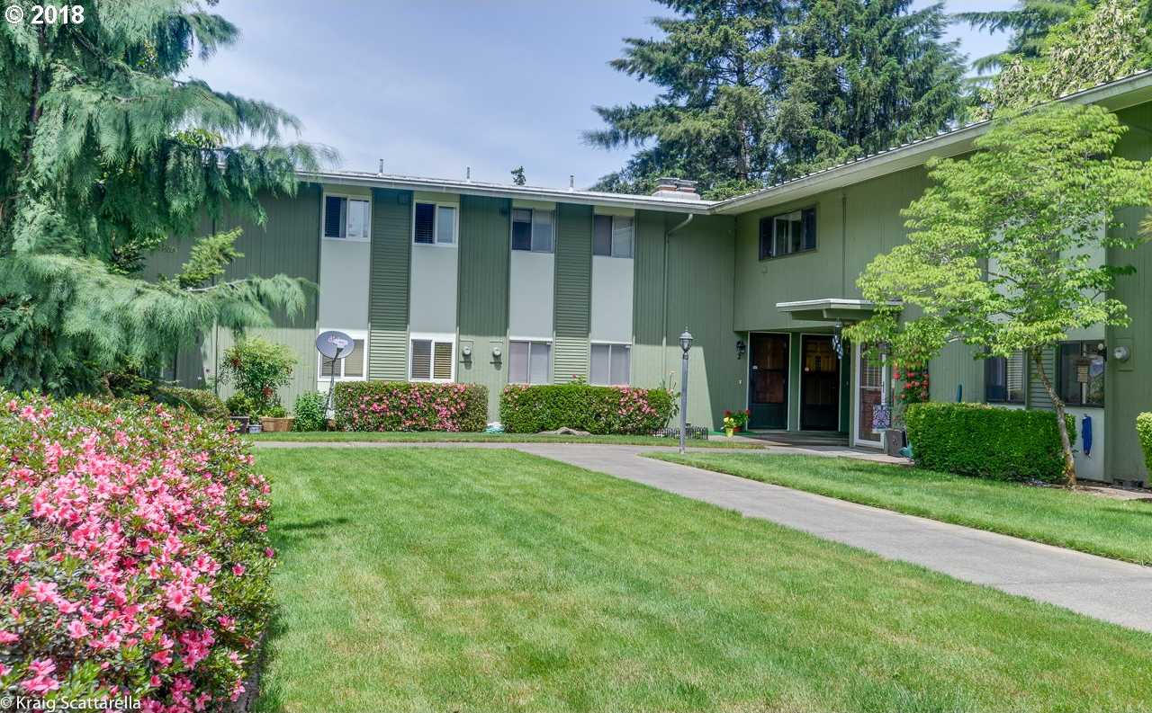 $185,000 - 2Br/2Ba -  for Sale in Stanwood Manor Condominiums, Beaverton
