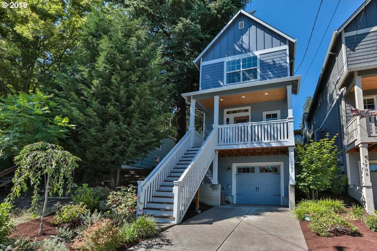 $525,000 - 3Br/3Ba -  for Sale in Portland