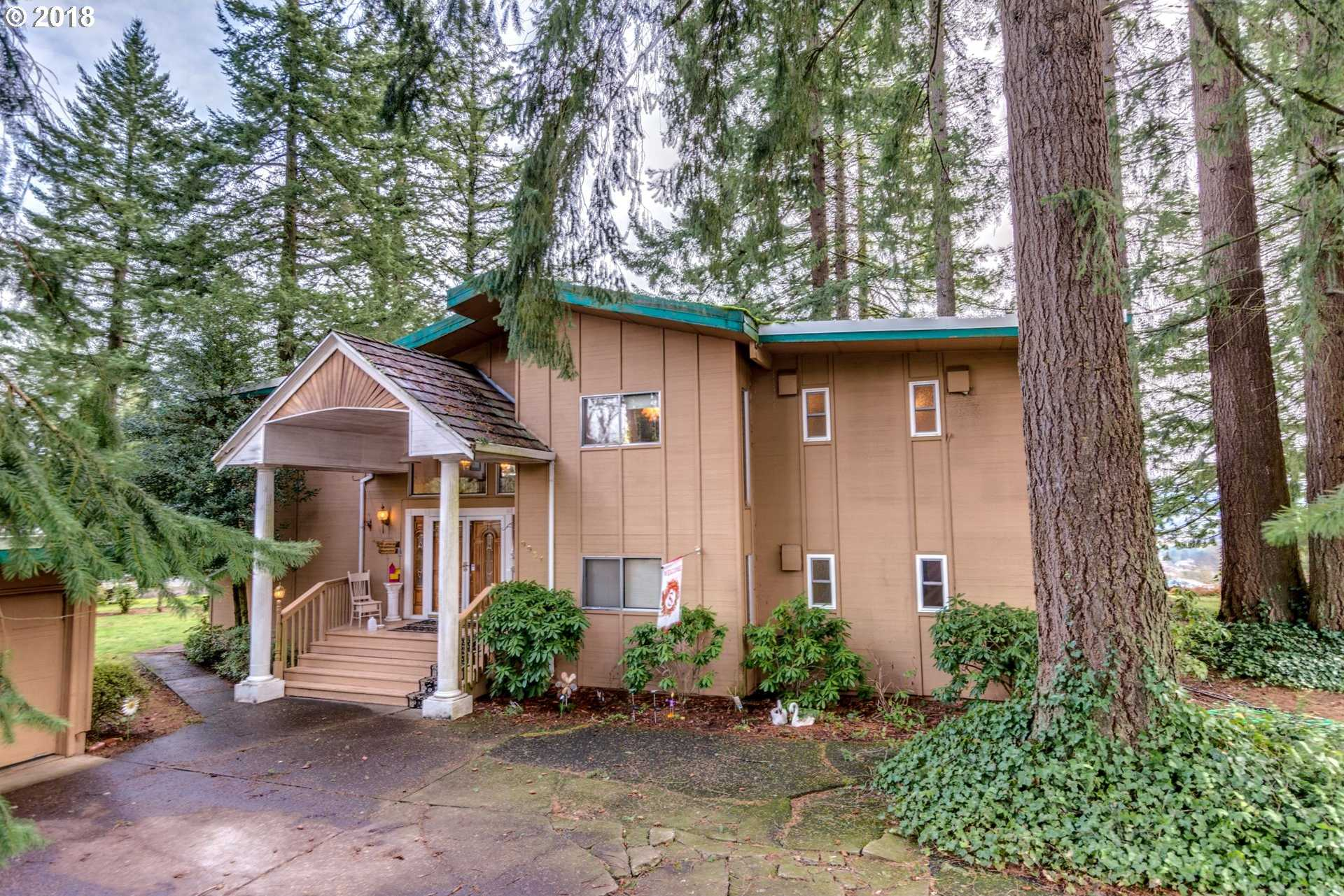$439,900 - 6Br/3Ba -  for Sale in Damascus