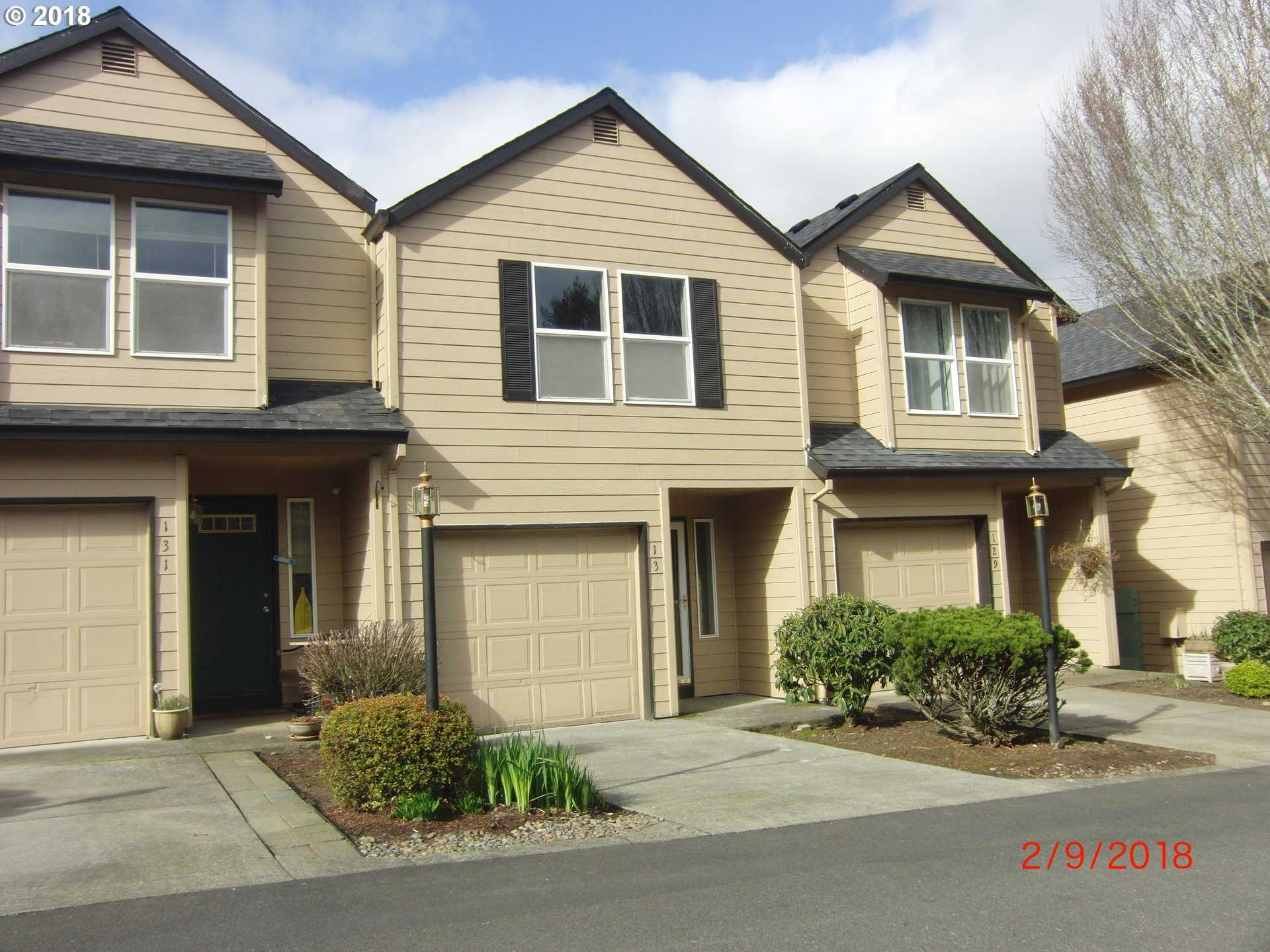 $214,900 - 2Br/3Ba -  for Sale in Oregon City