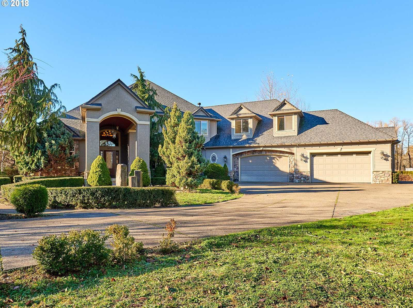 $1,090,000 - 6Br/6Ba -  for Sale in Oregon City