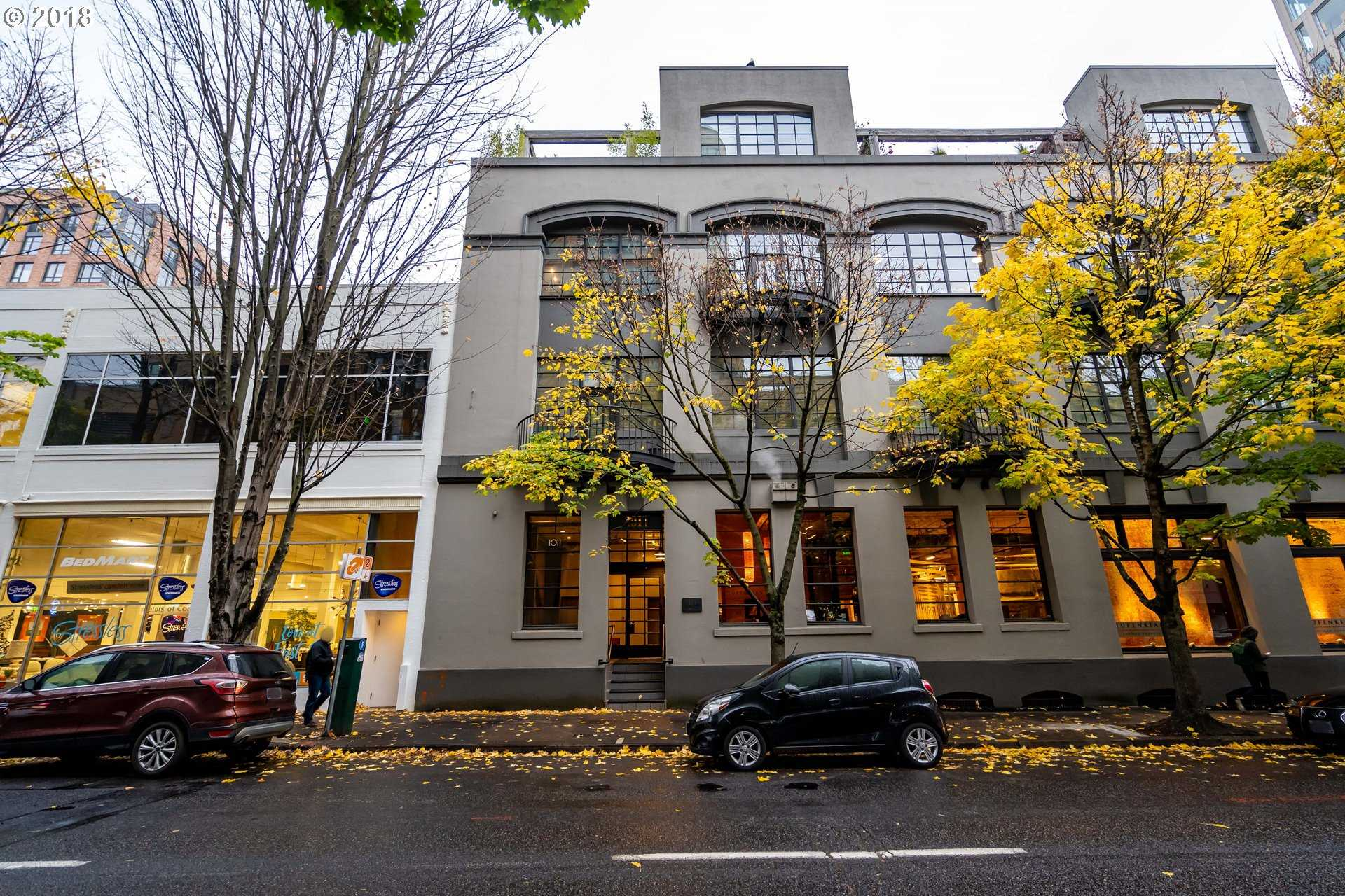 $1,675,000 - 2Br/3Ba -  for Sale in Portland