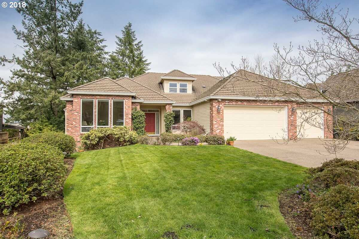 $749,900 - 4Br/4Ba -  for Sale in Hedges Park, Tualatin