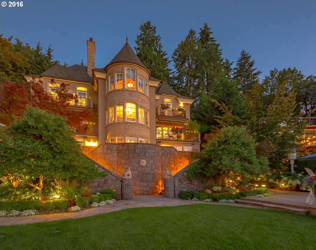 $4,895,000 - 5Br/7Ba -  for Sale in Main Lake Waterfront, Lake Oswego