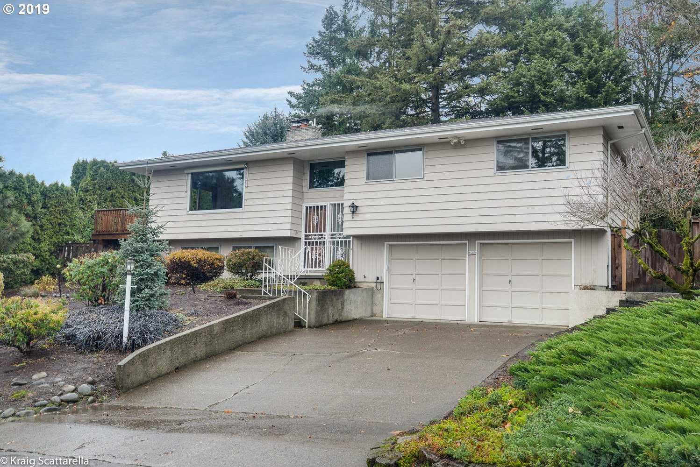 $409,900 - 3Br/3Ba -  for Sale in Mt Scott, Happy Valley