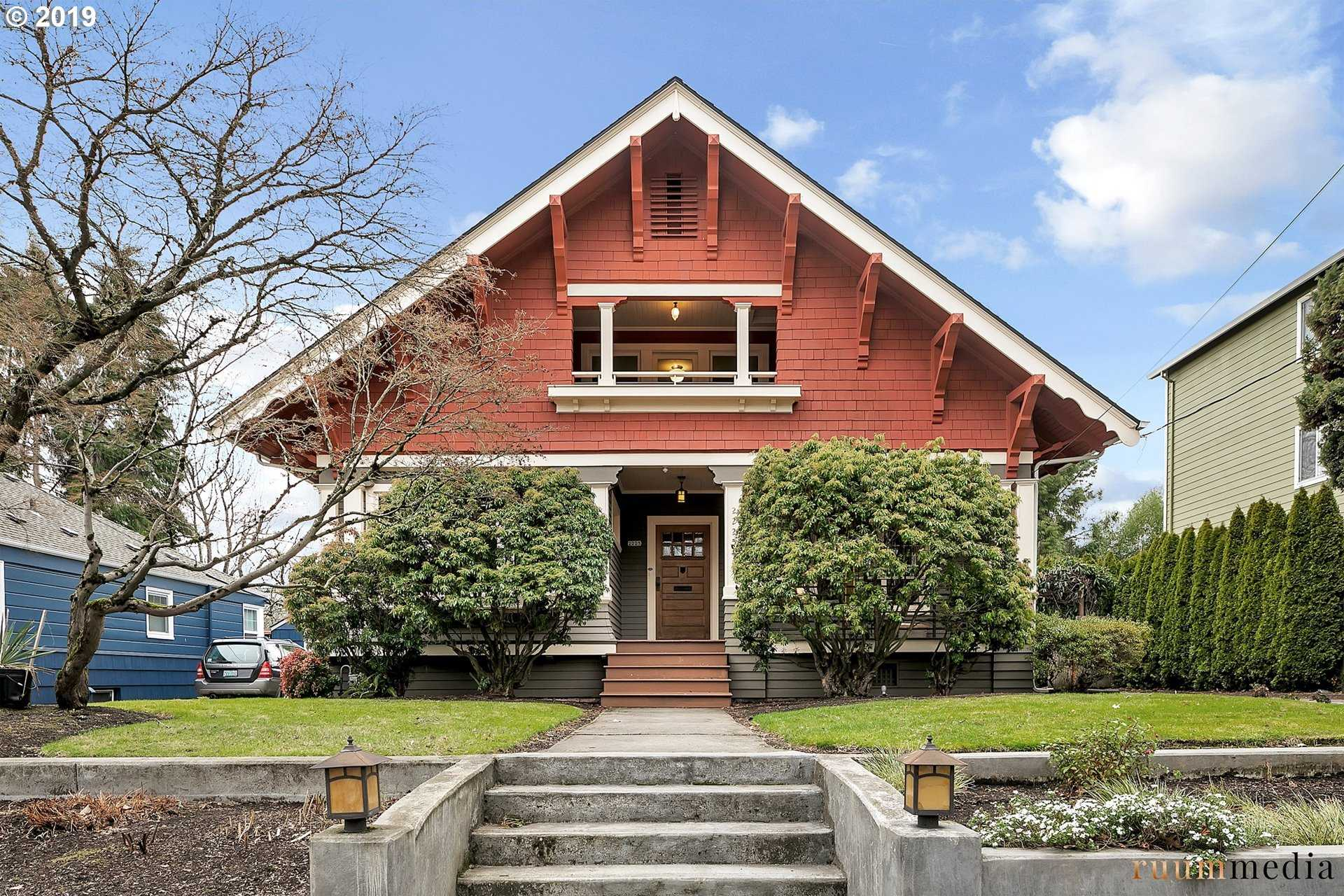 $732,000 - 4Br/2Ba -  for Sale in Mt. Tabor, Portland