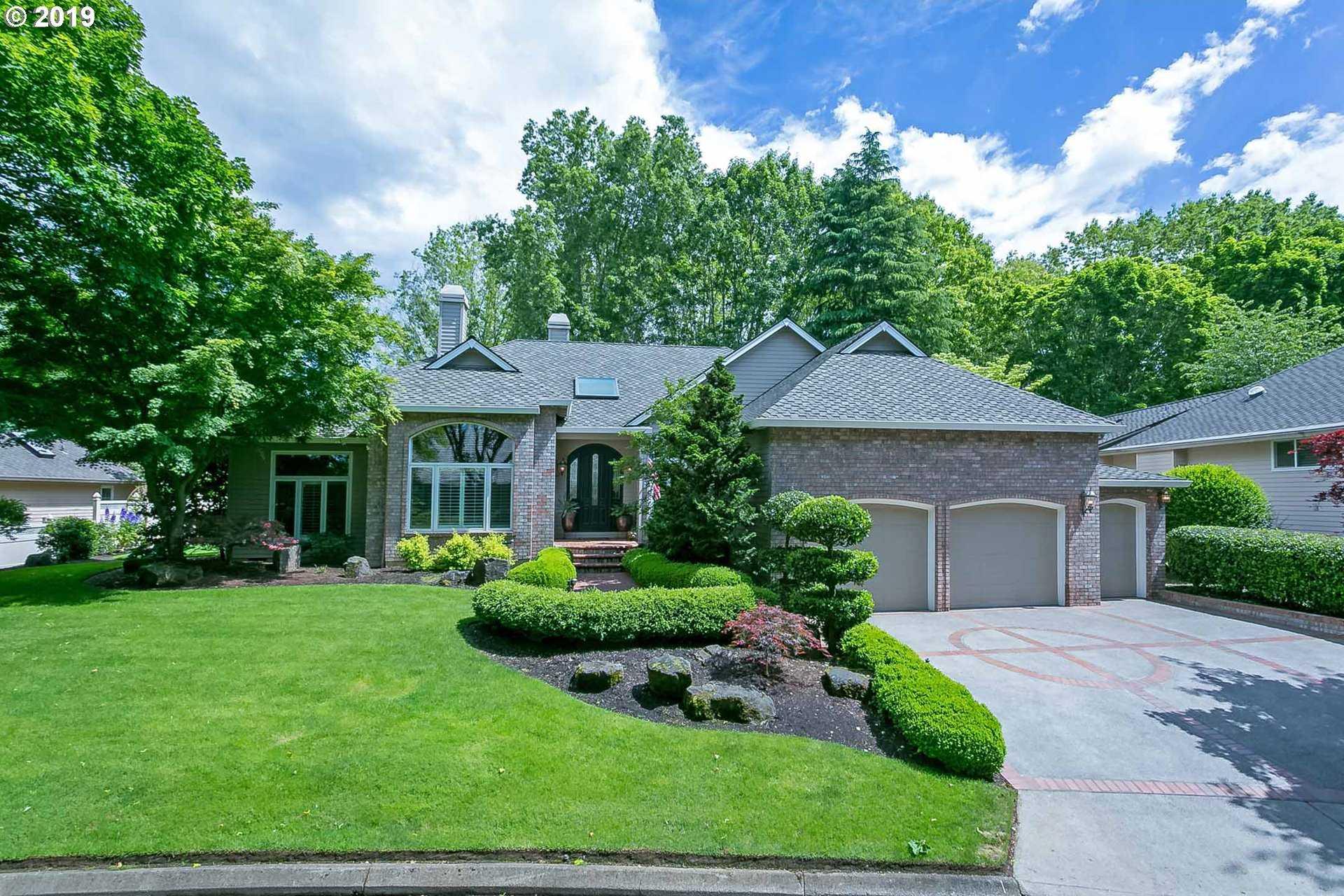 $900,000 - 3Br/2Ba -  for Sale in Charbonneau Edgewater, Wilsonville