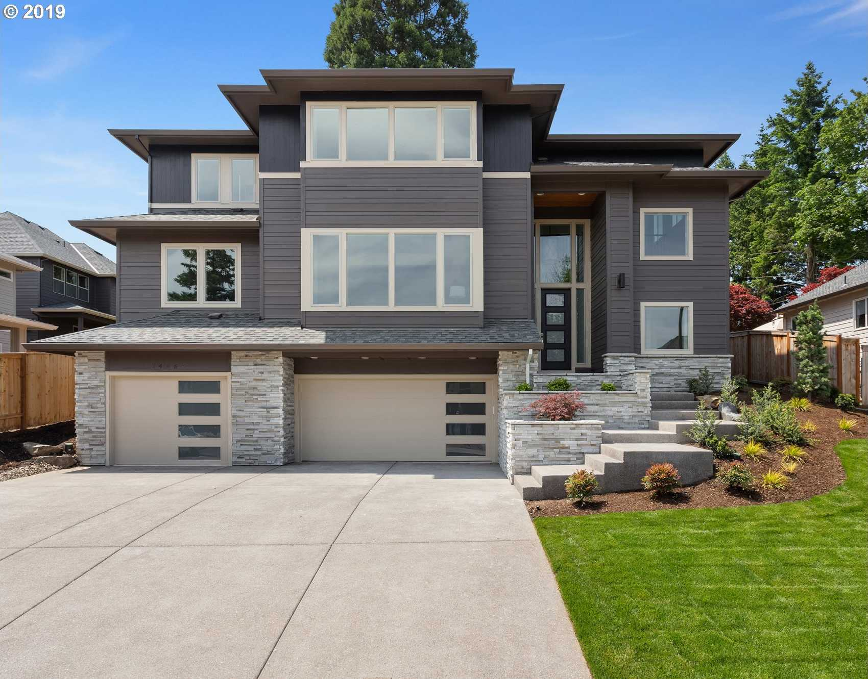 $835,000 - 4Br/3Ba -  for Sale in Tigard