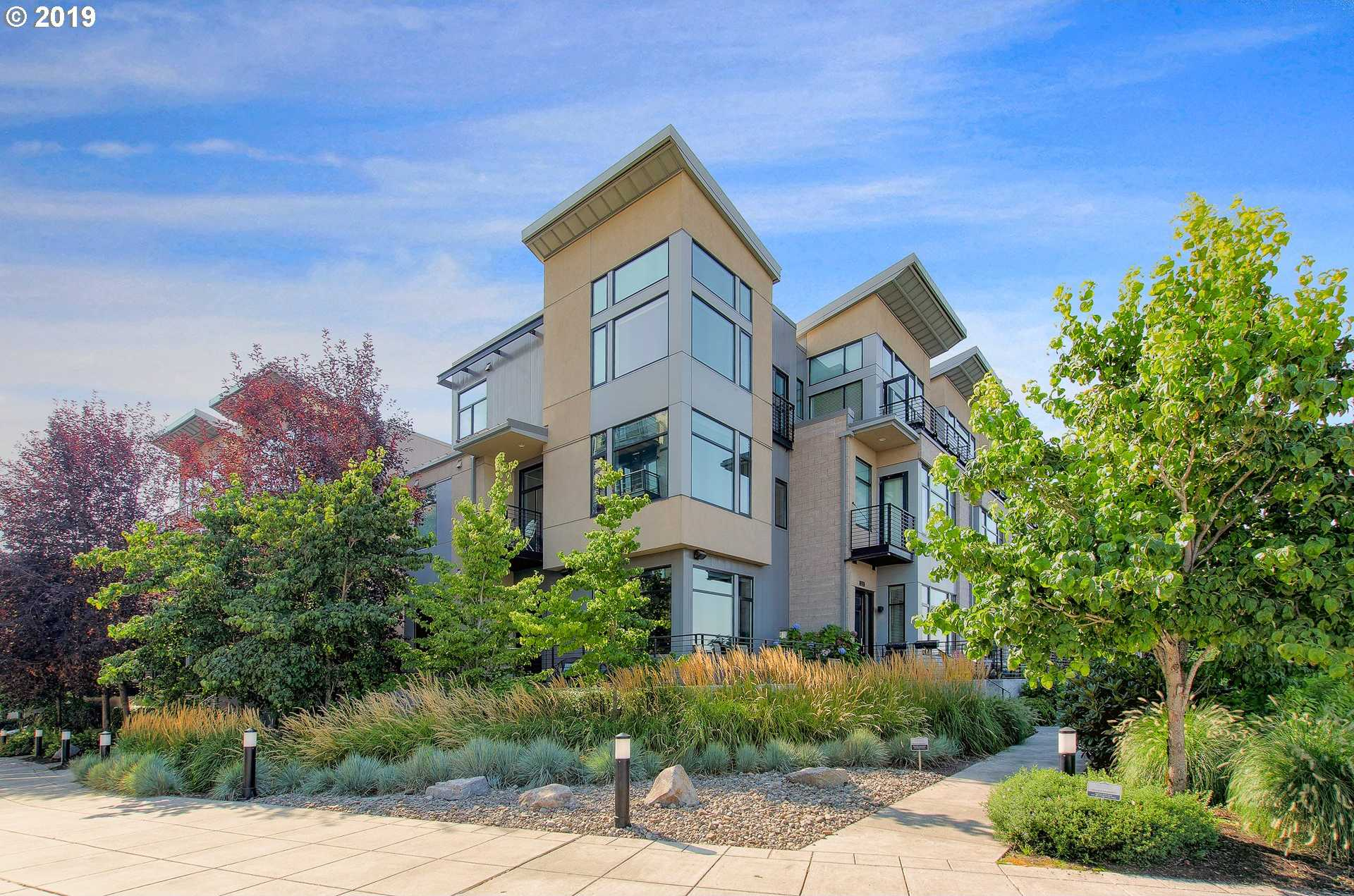$865,000 - 2Br/3Ba -  for Sale in Riverscape Townhomes, Portland