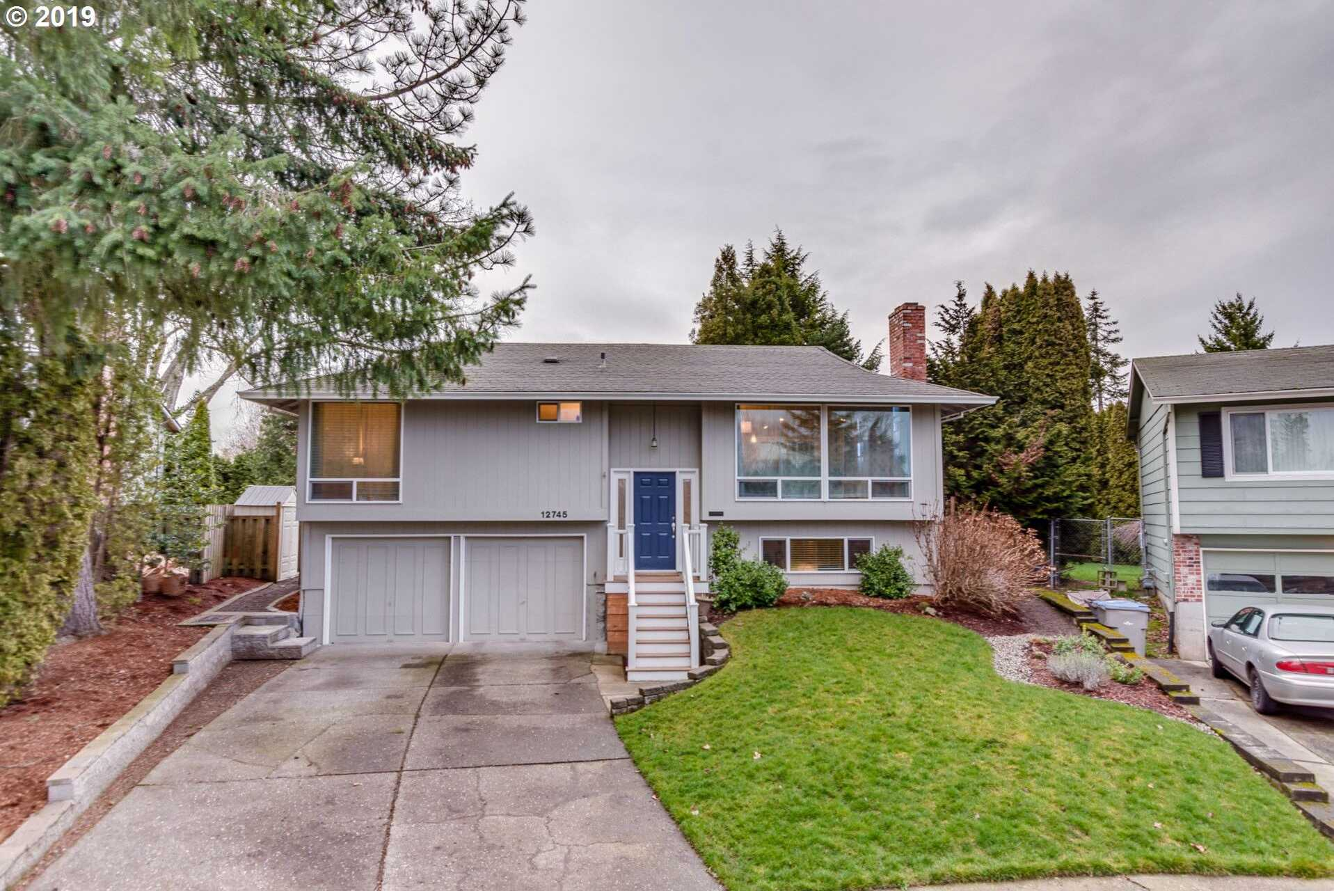 $435,000 - 4Br/2Ba -  for Sale in Tigard