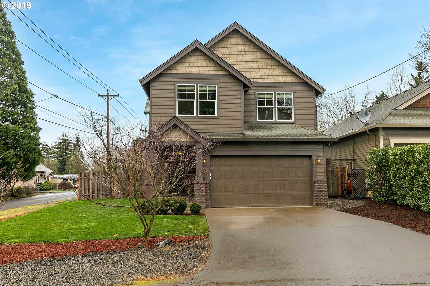 $512,000 - 4Br/3Ba -  for Sale in Oak Grove Community Council, Milwaukie