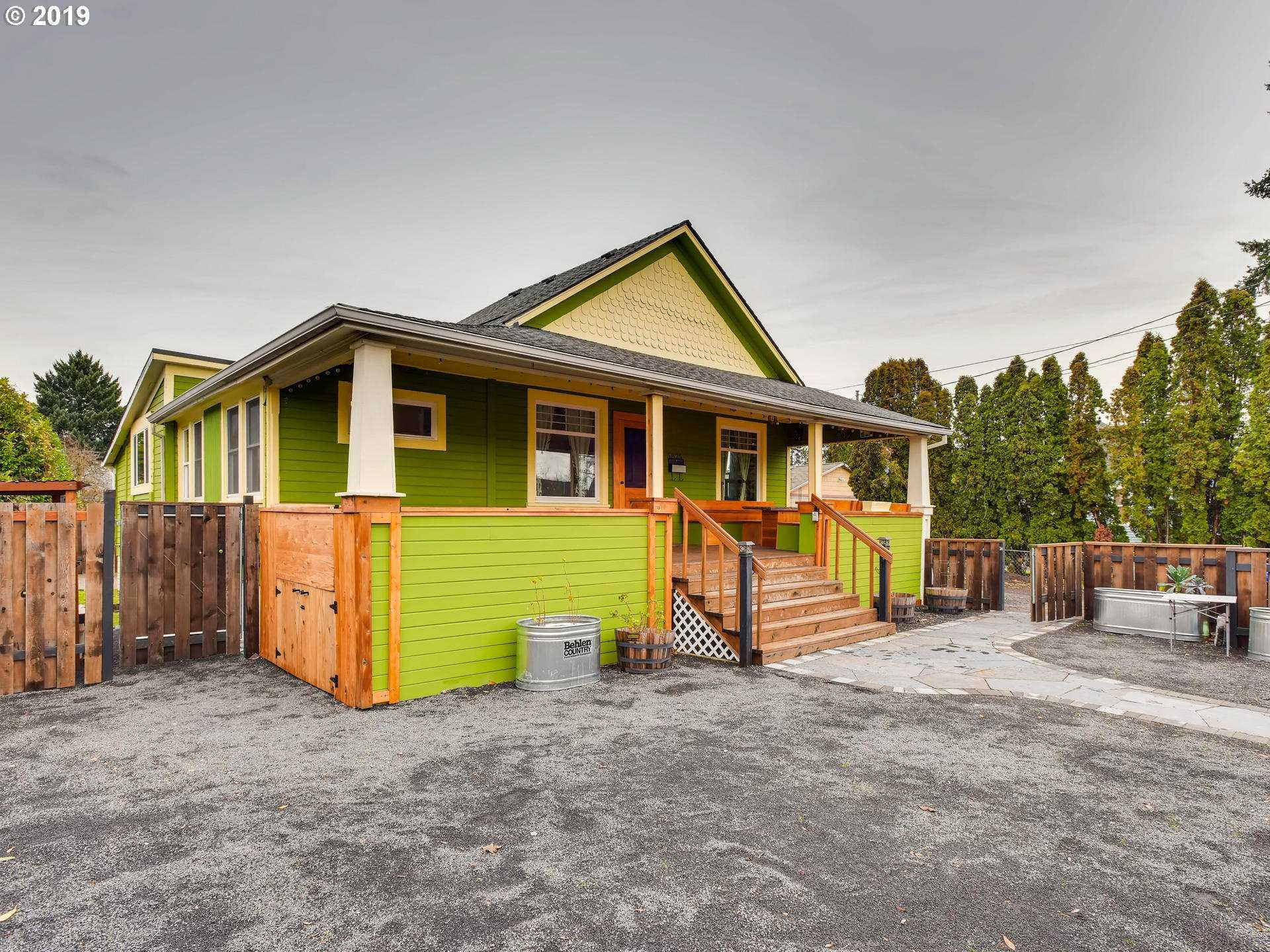 $499,000 - 4Br/3Ba -  for Sale in Portland