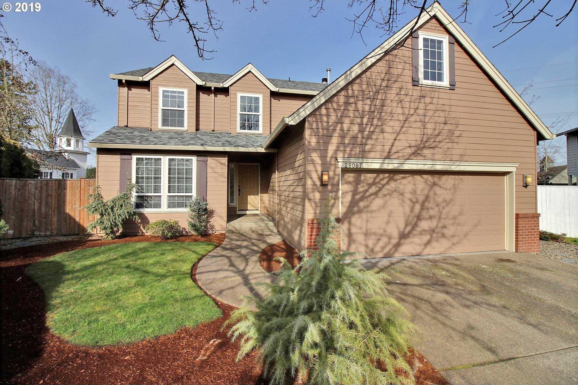 $495,000 - 4Br/3Ba -  for Sale in Landover, Wilsonville