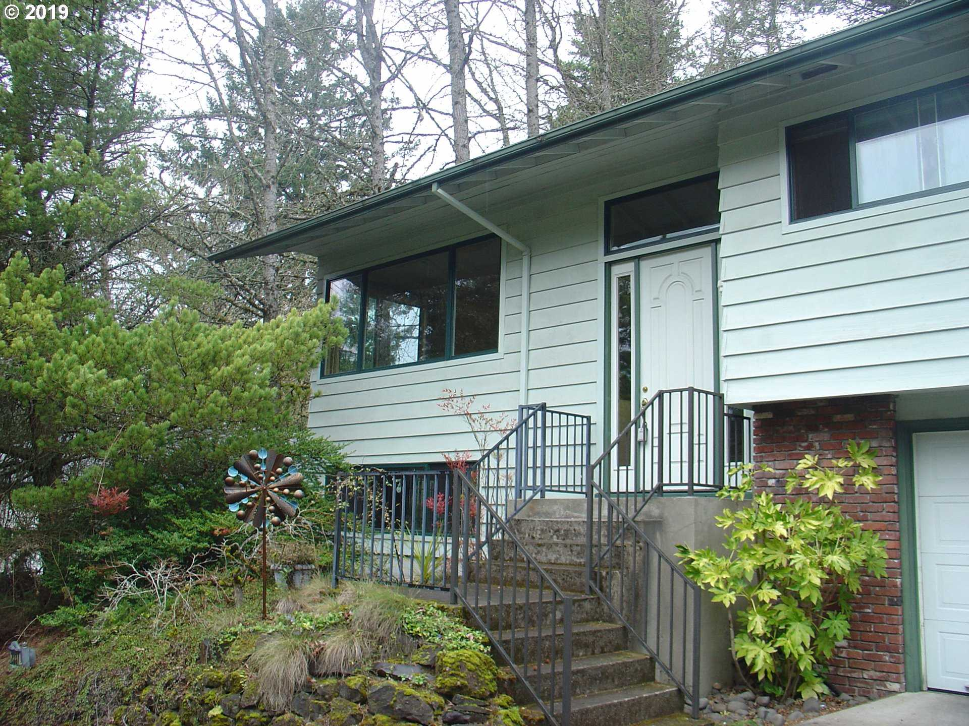 $499,999 - 3Br/3Ba -  for Sale in Portland