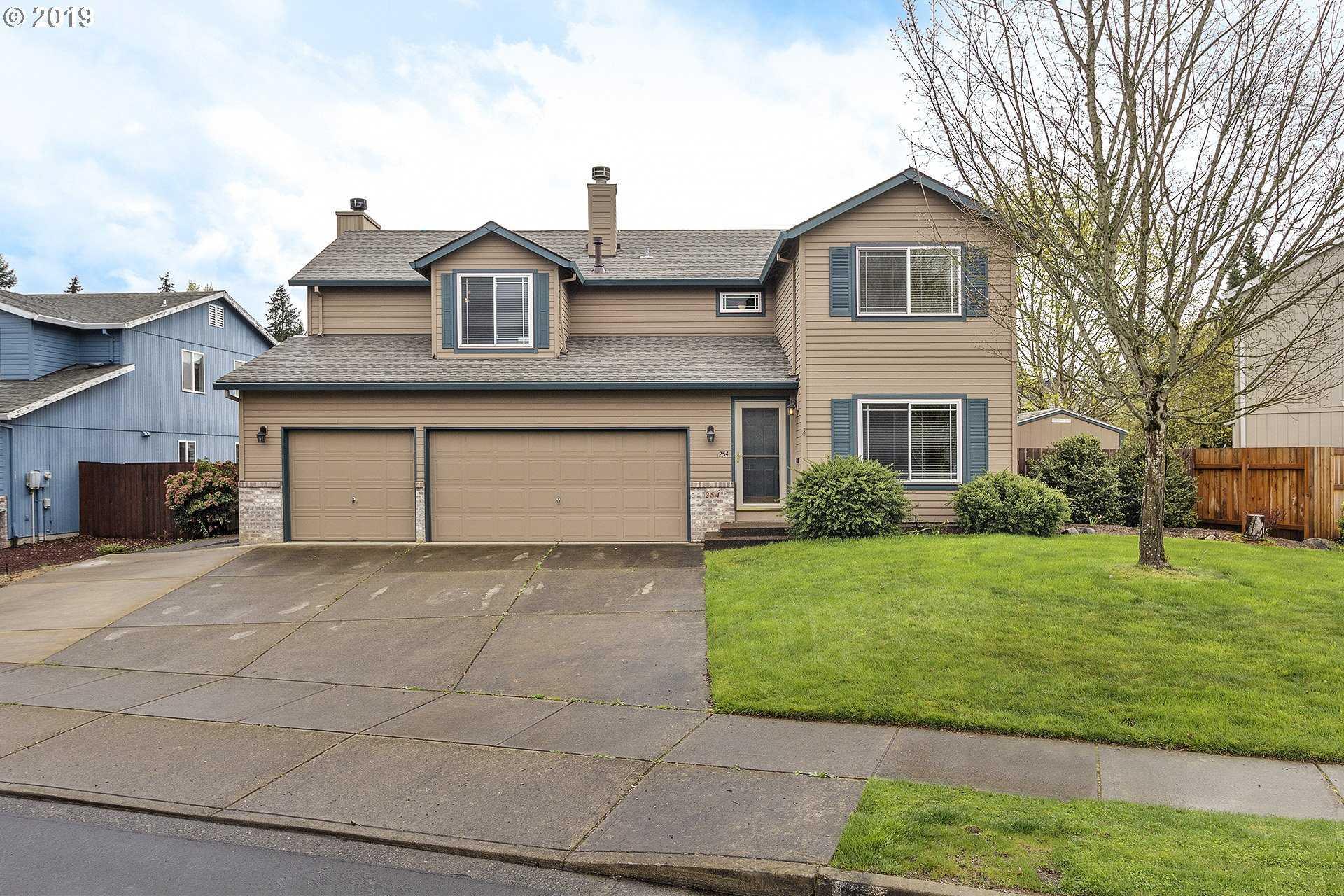 $485,000 - 4Br/3Ba -  for Sale in Hillsboro