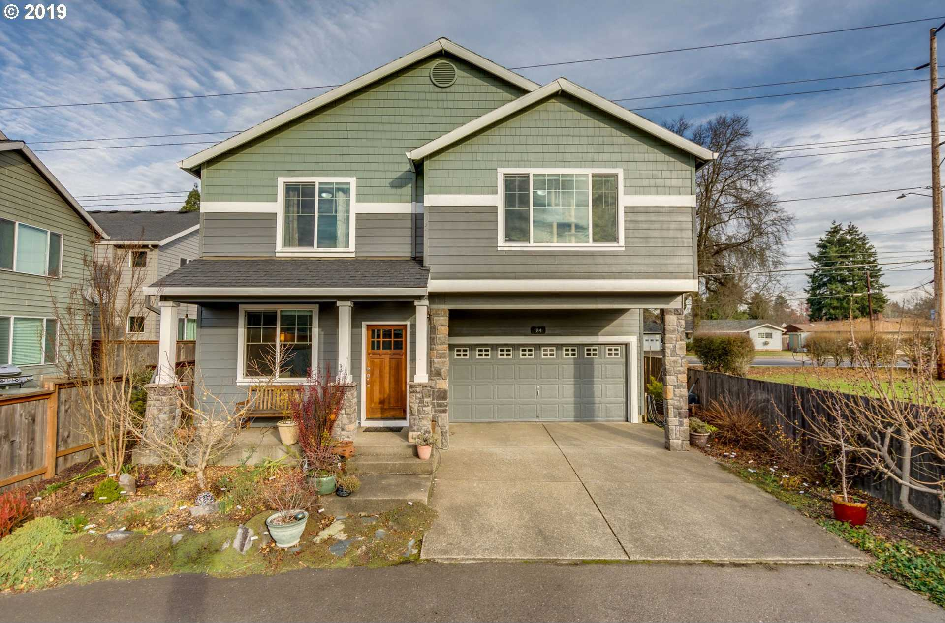 $425,000 - 4Br/3Ba -  for Sale in Hillsboro