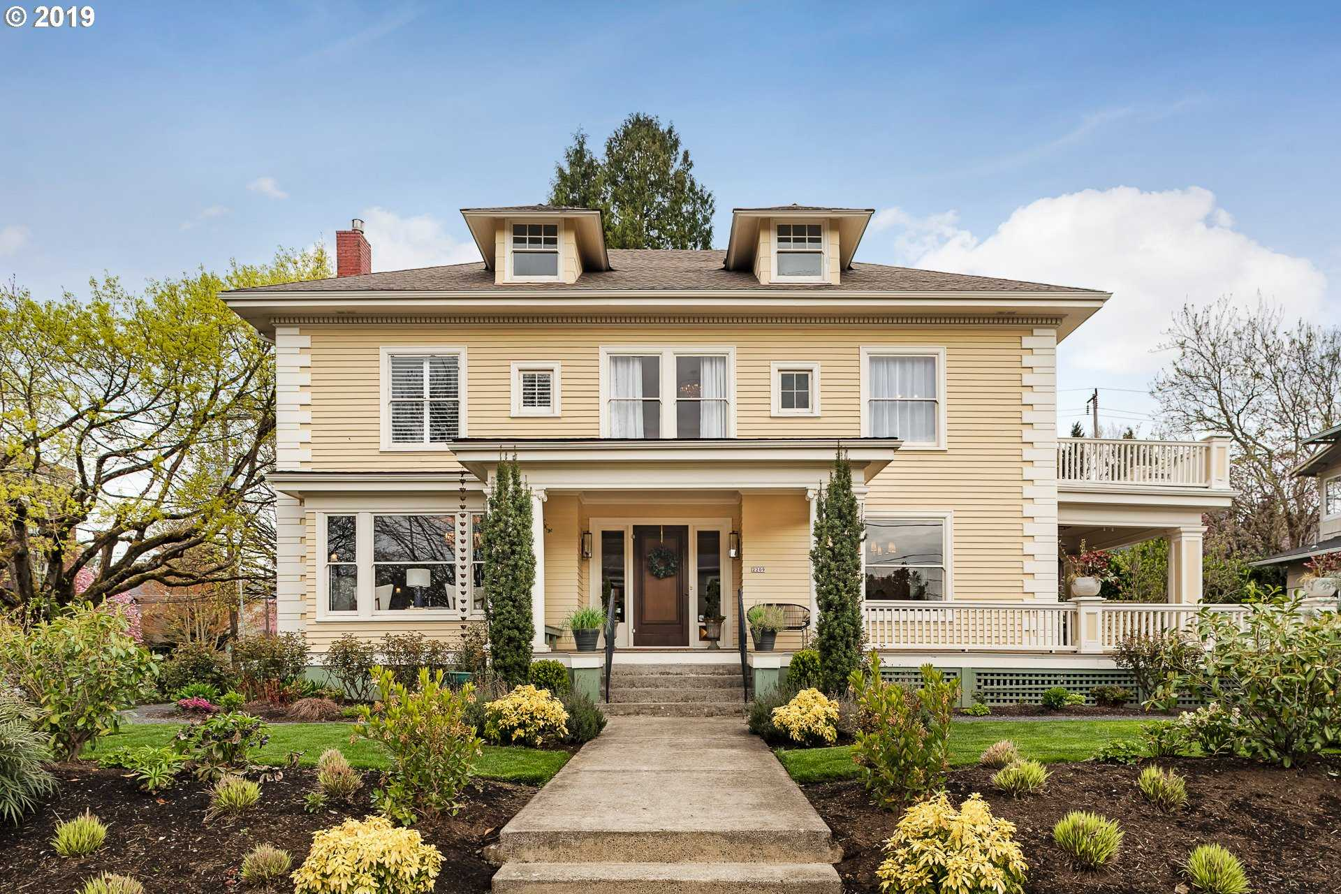 $1,745,000 - 5Br/3Ba -  for Sale in Irvington, Portland