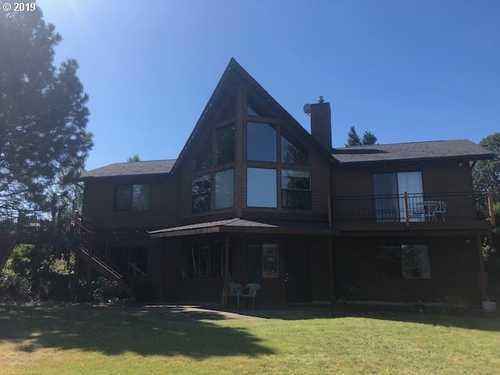 $2,595,000 - 3Br/3Ba -  for Sale in Hood River