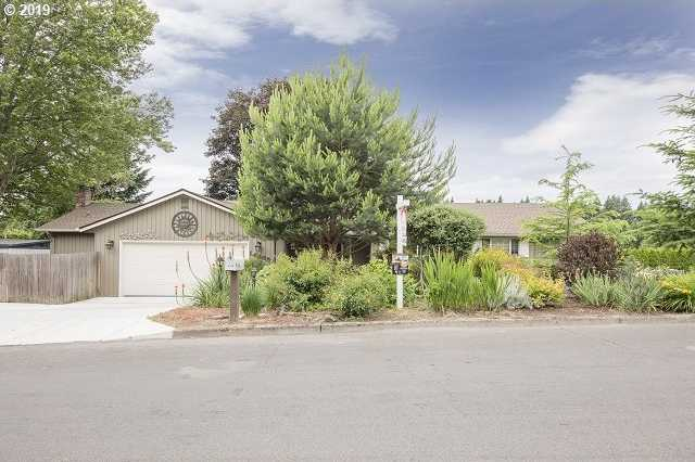 $525,000 - 3Br/3Ba -  for Sale in West Colony Park, Portland